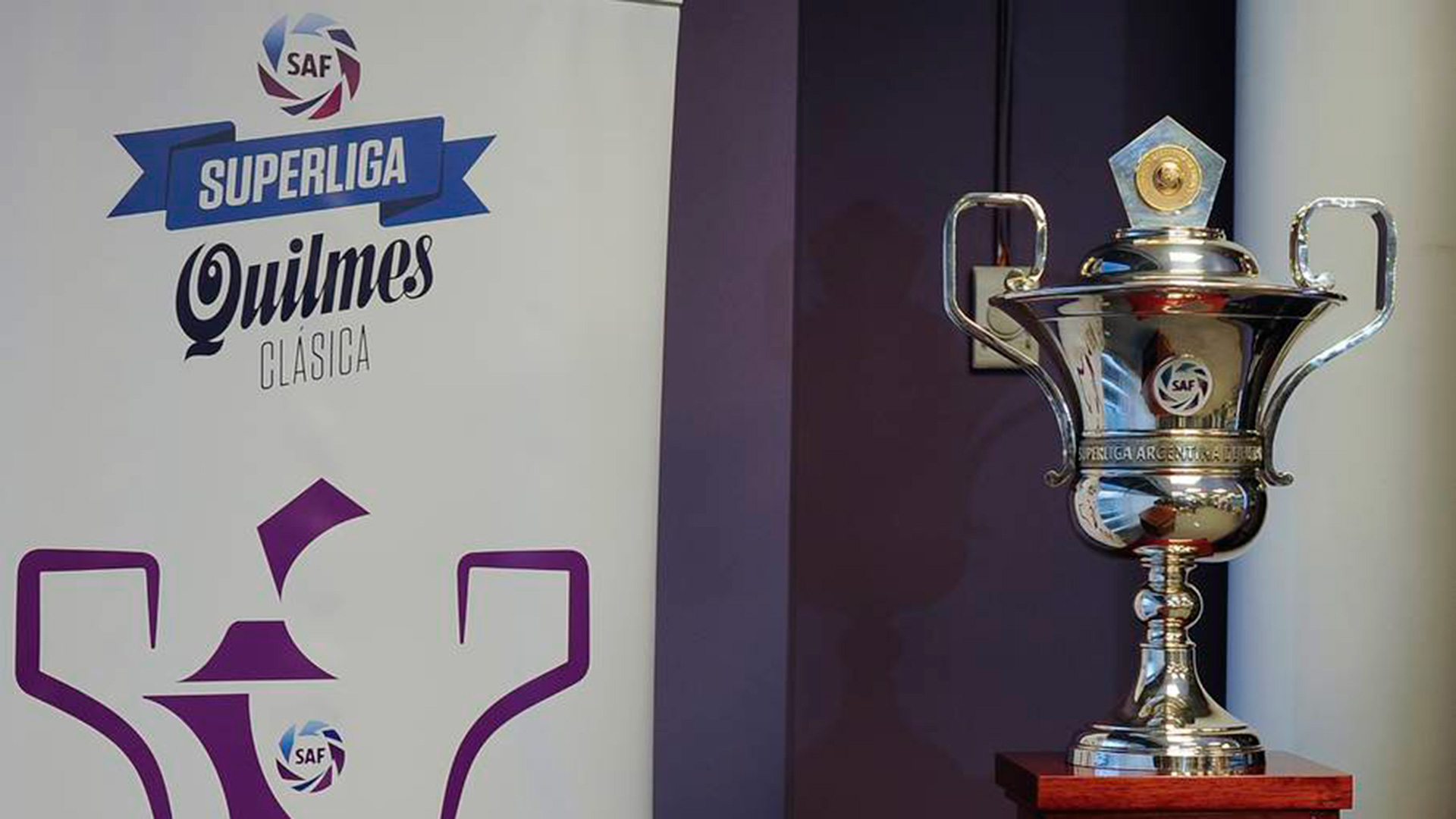 La Primera División de la temporada 2019/2020 estará dividida en dos torneos que sumarán para la tabla de los promedios: la Superliga y la Copa de la Superliga, que cambiará de formato