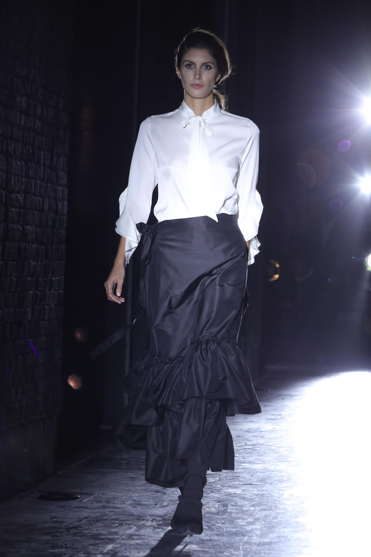 Blanco y negro, el binomio infaltable de la moda
