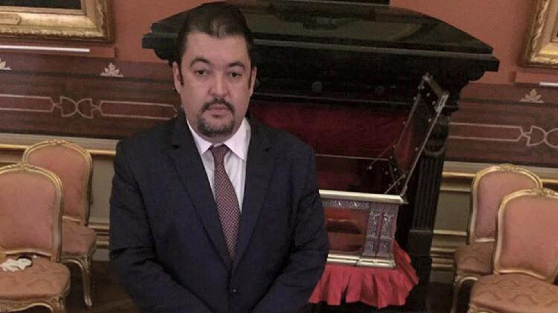 Marrero también es representante legal de Leopoldo López (Foto: Facebook Roberto Marrero)