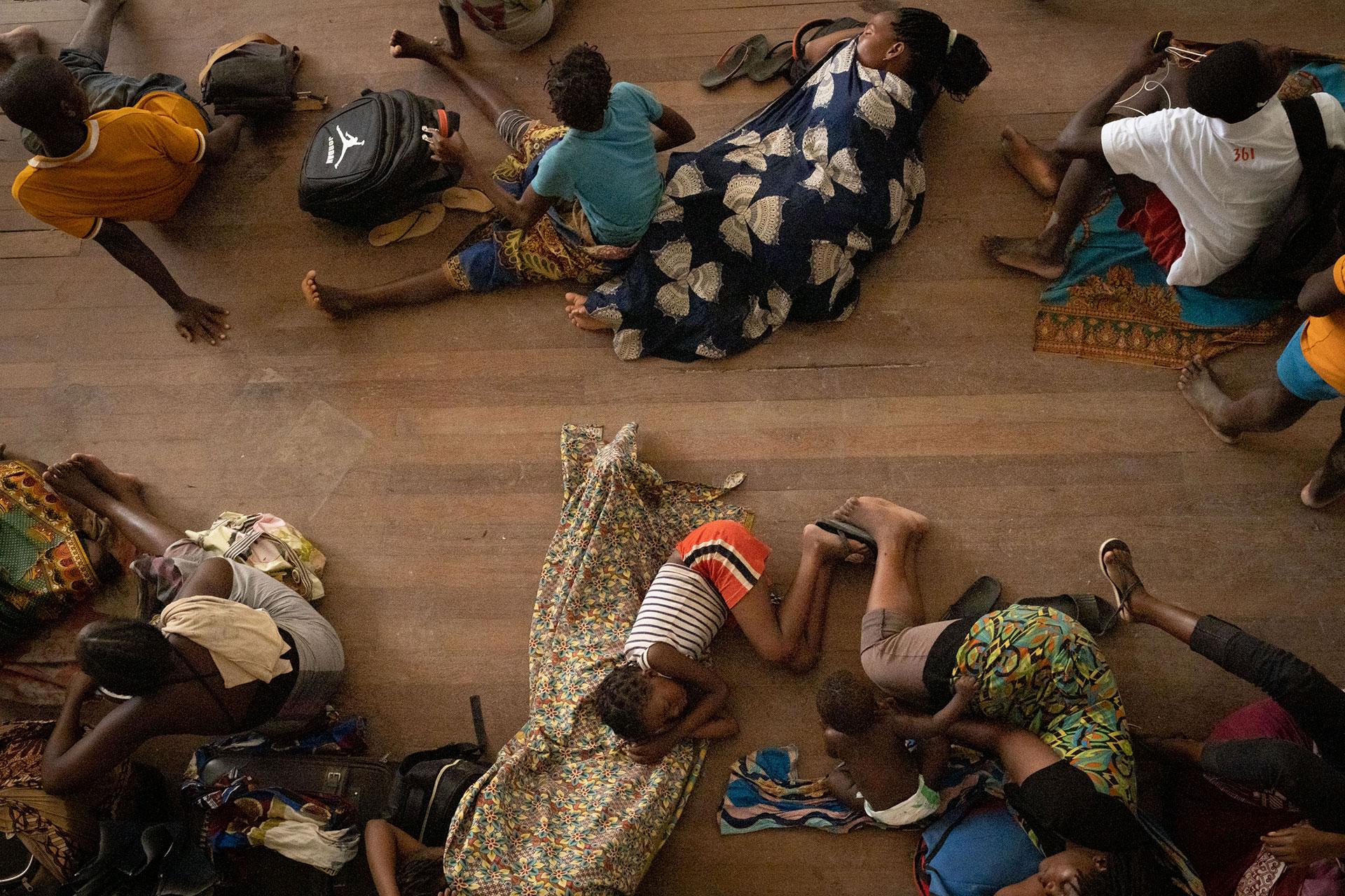 La ayuda humanitaria corre contrarreloj para evacuar a los sobrevivientes en Mozambique, Zimbabwe y Malawi, en el sur de África, golpeados por el peor ciclón de la región en años (Foto: Yasuyoshi CHIBA / AFP)