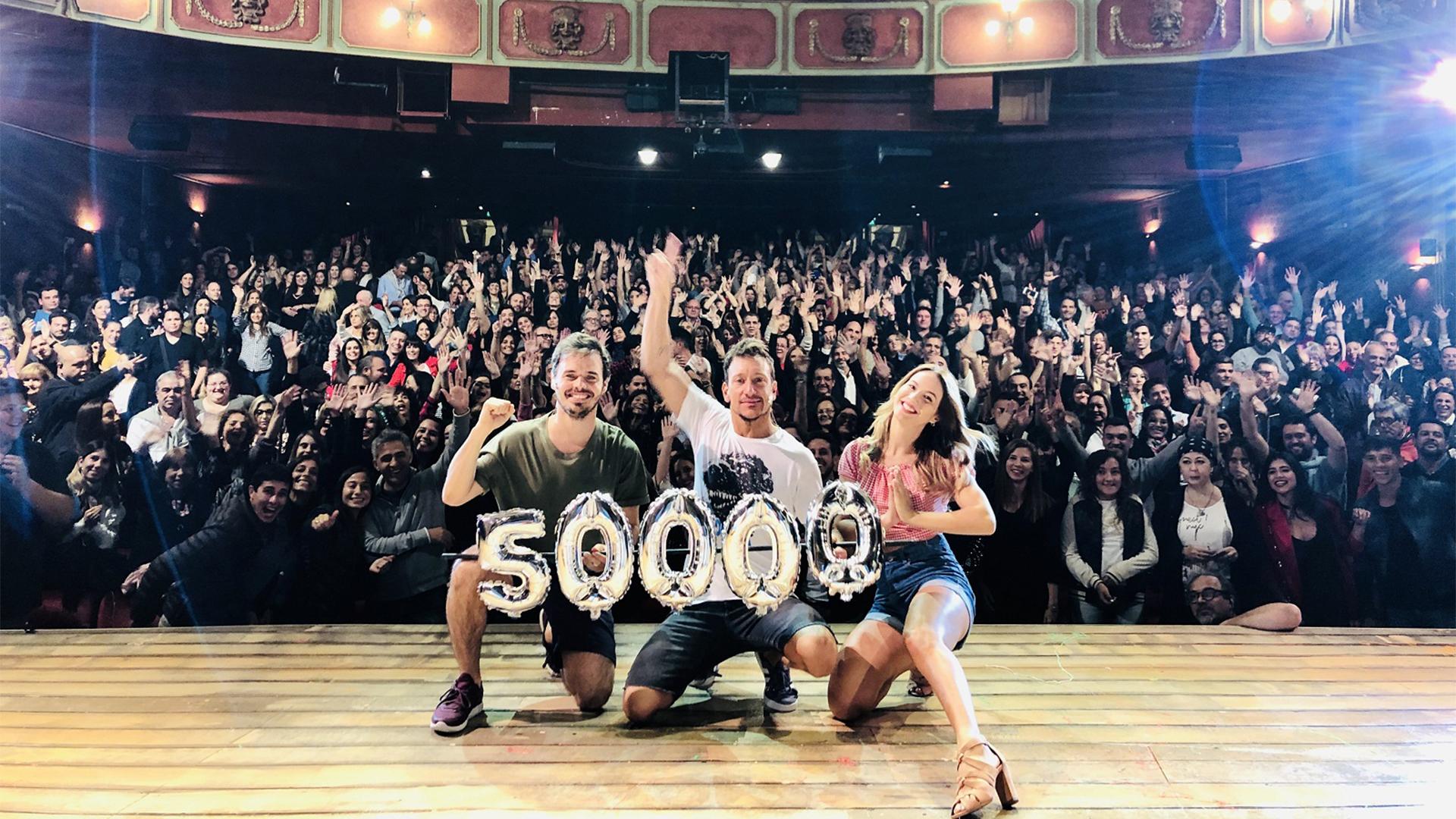 """""""Una semana nada más"""", la obra de Nico Vázquez, Flor Vigna y Benjamín Rojas llegó a los 50 mil espectadores"""