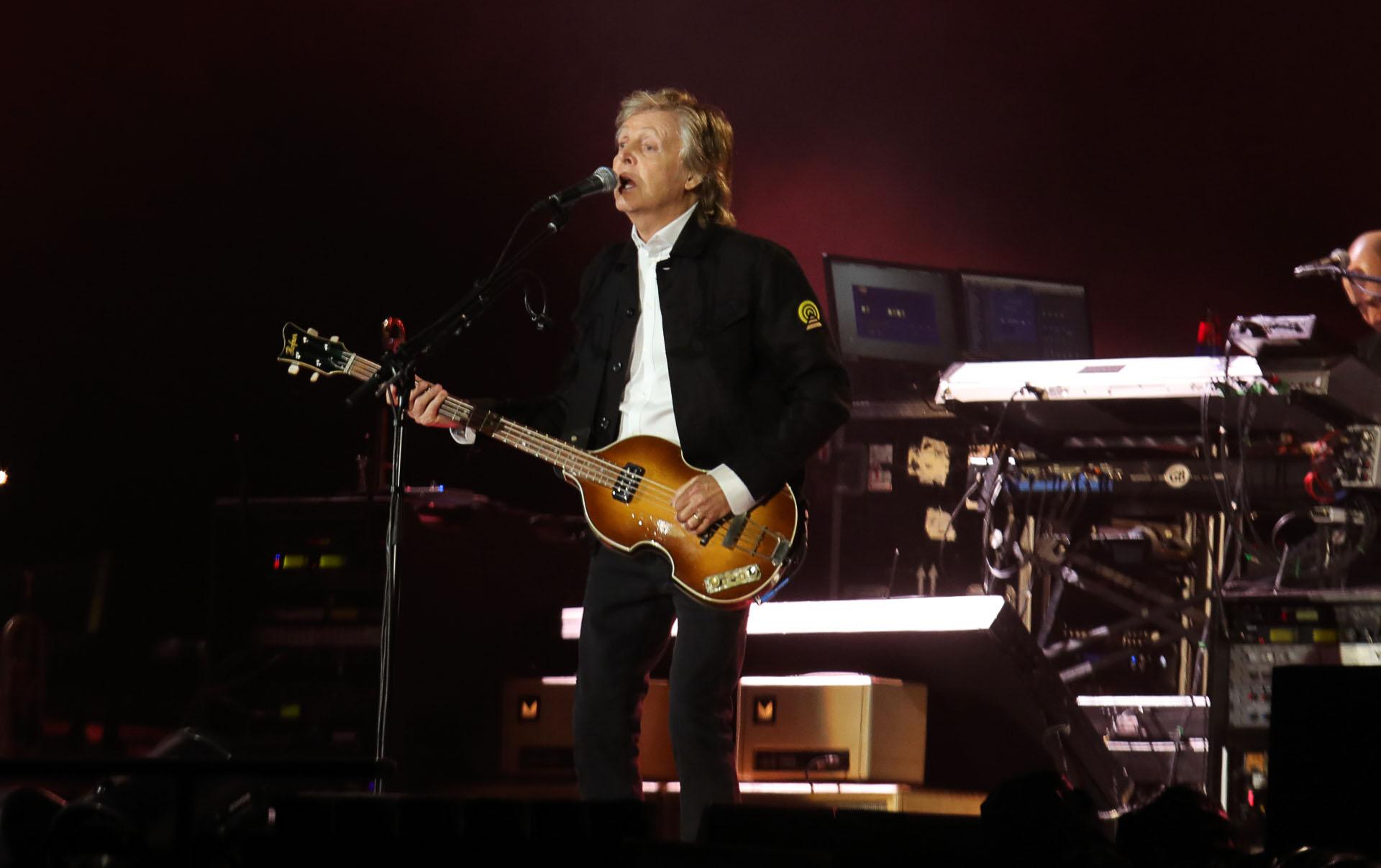 En la lista de temas hubo canciones de The Beatles, pero también de su segunda banda, Wings, así como también de su carrera solista