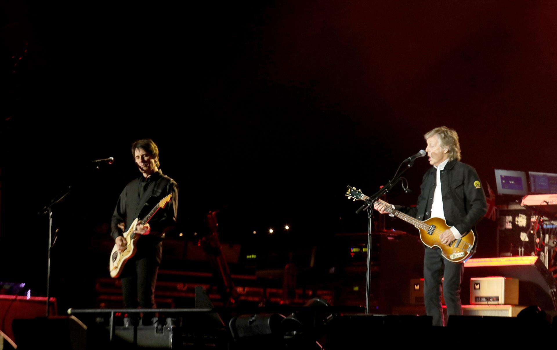 Sir Paul McCartney se presentó en el Campo Argentino de Polo ante más de 60 mil personas