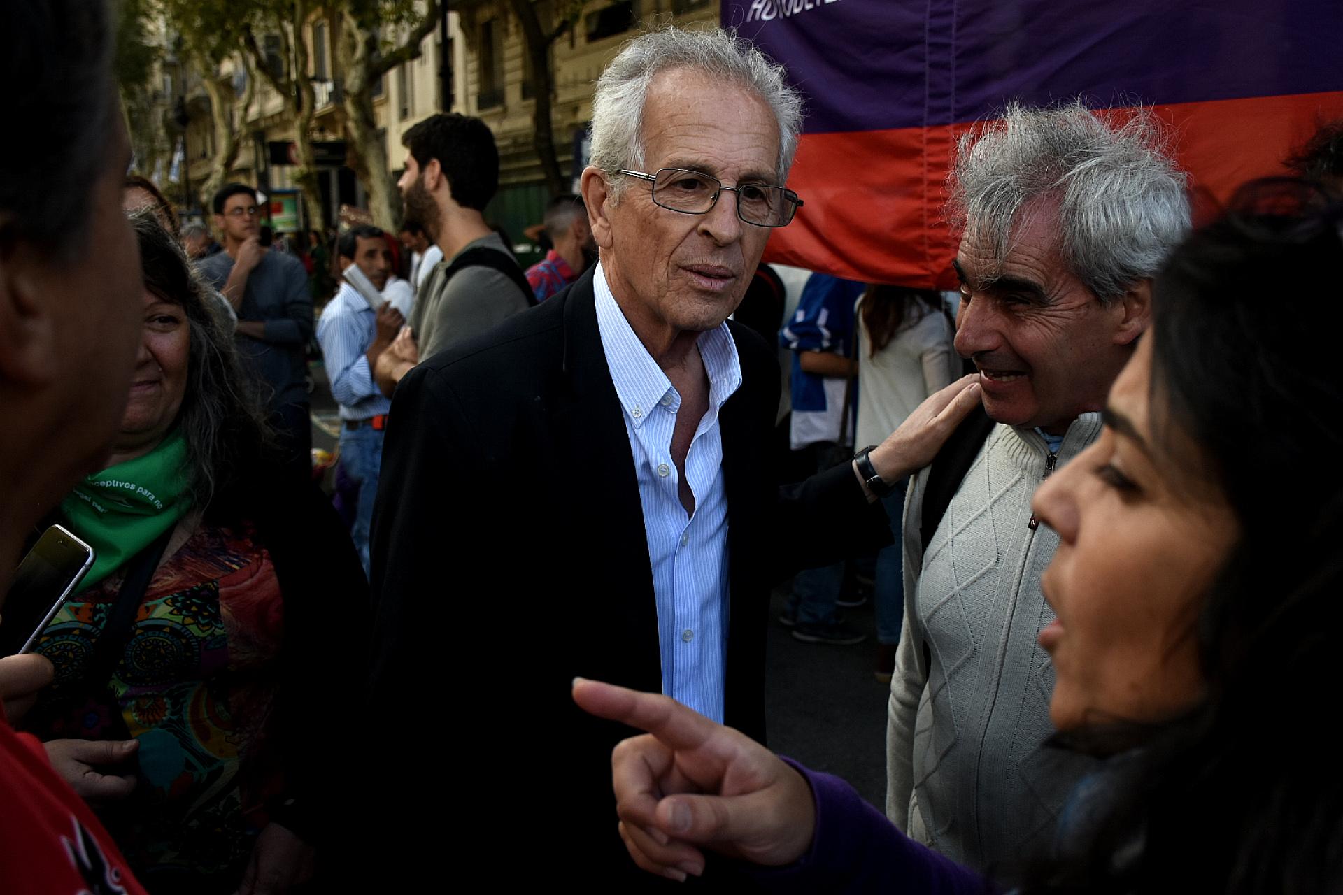El dirigente de Izquierda Luis Zamora