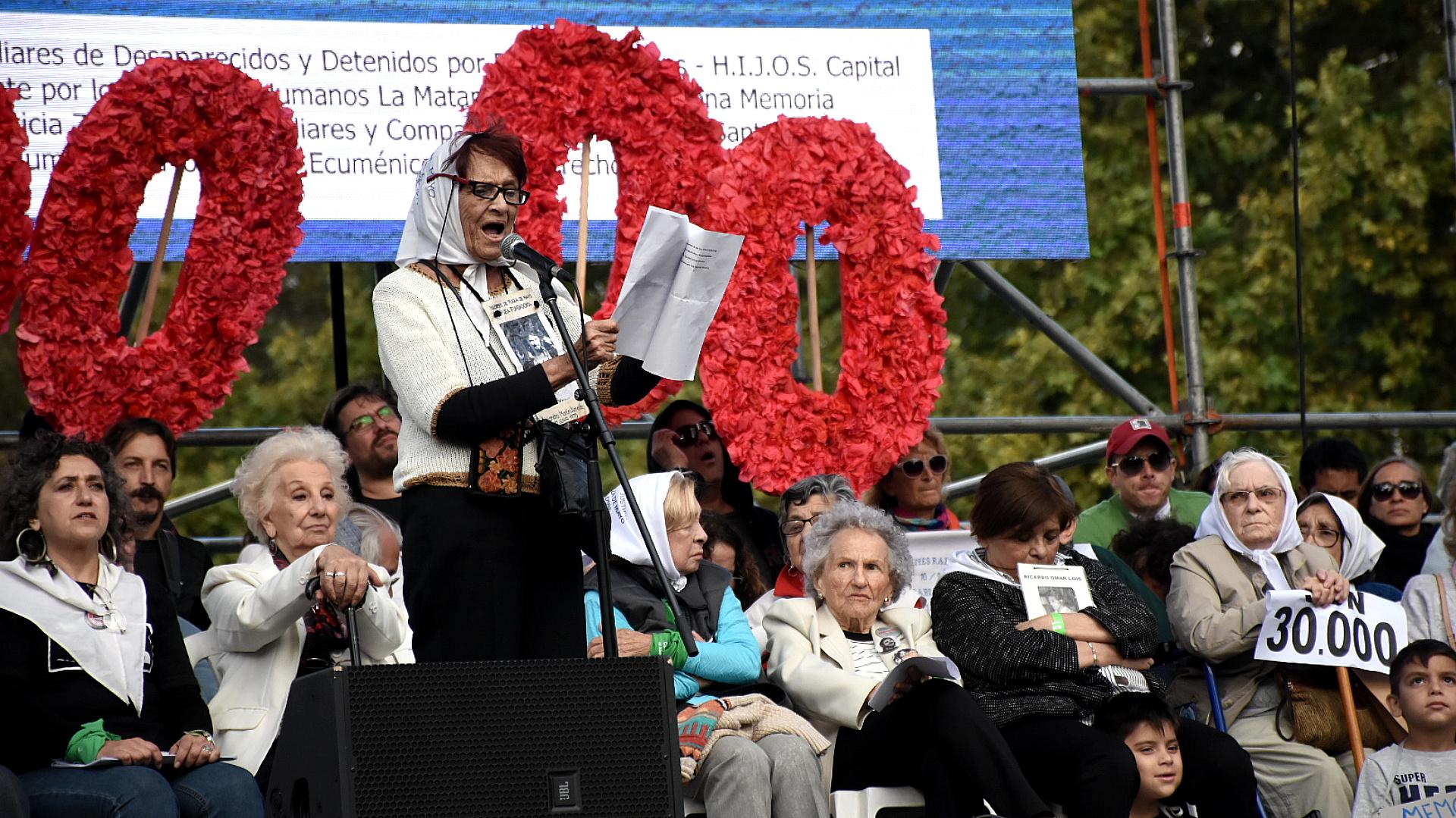Taty Almeida, una de las referentes de Abuelas de Plaza de Mayo
