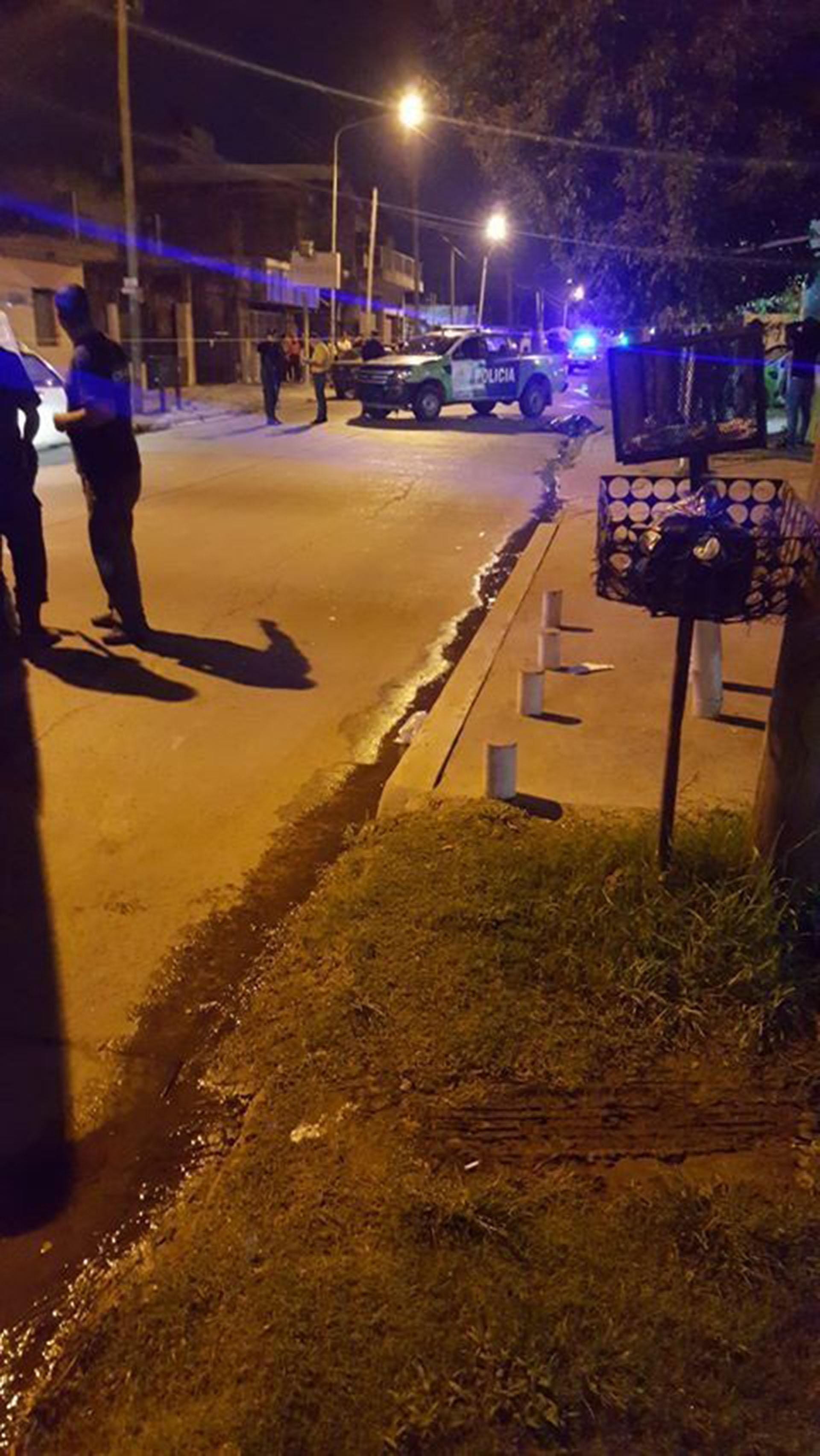 En el primer robo, el ladrón se llevó 500 pesos y un celular