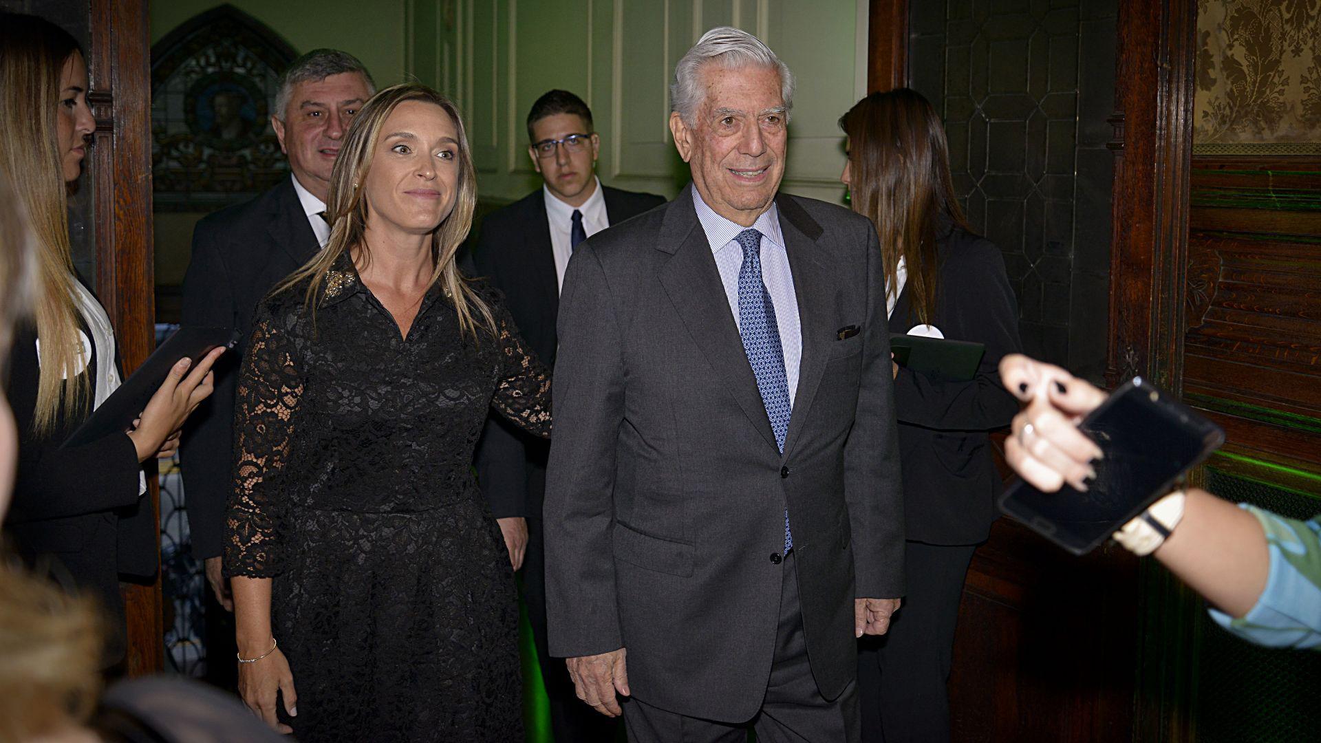 María Belén Mendé y Mario Vargas Llosa