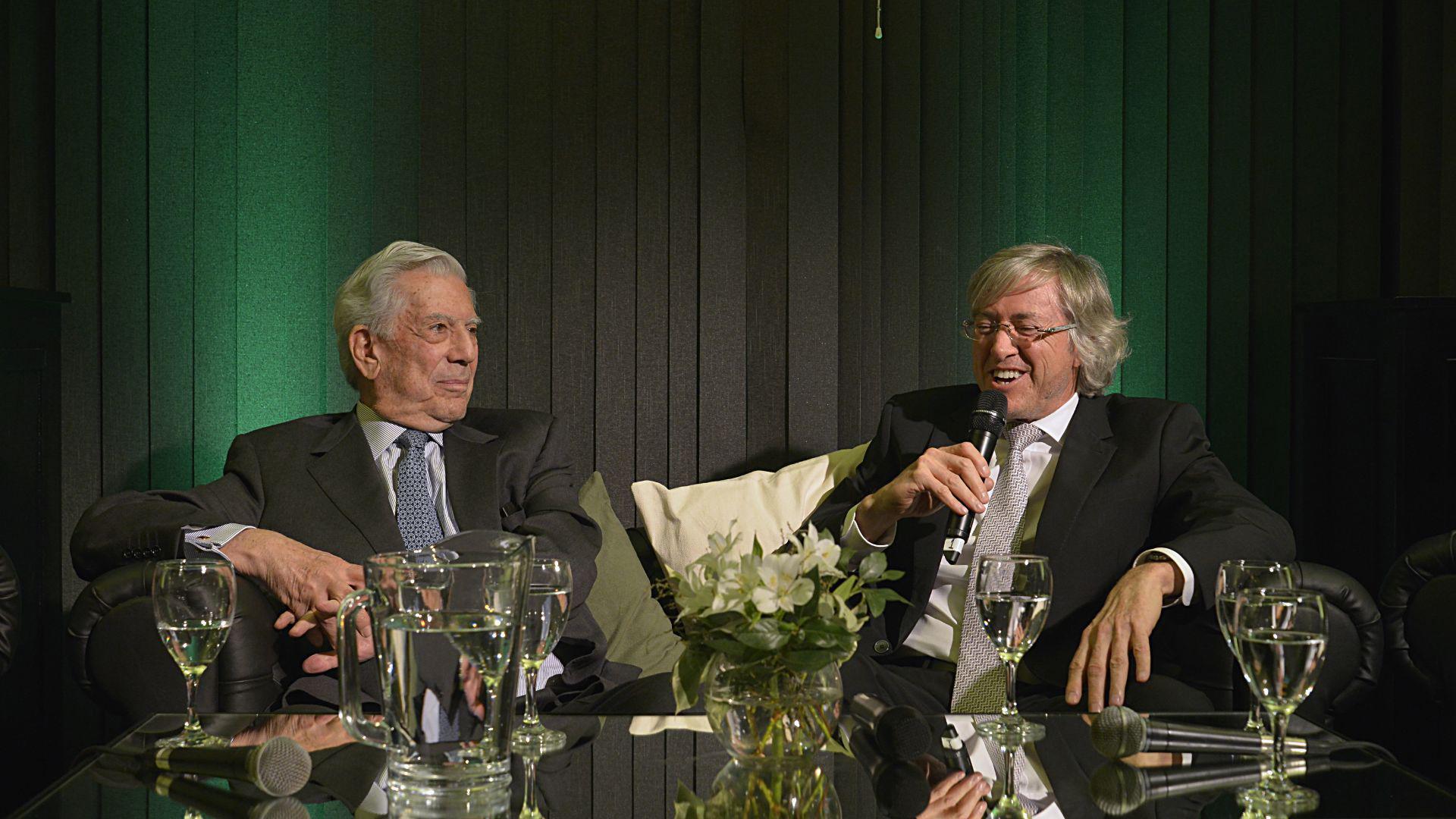Mario Vargas Llosa y Alejando Roemmers