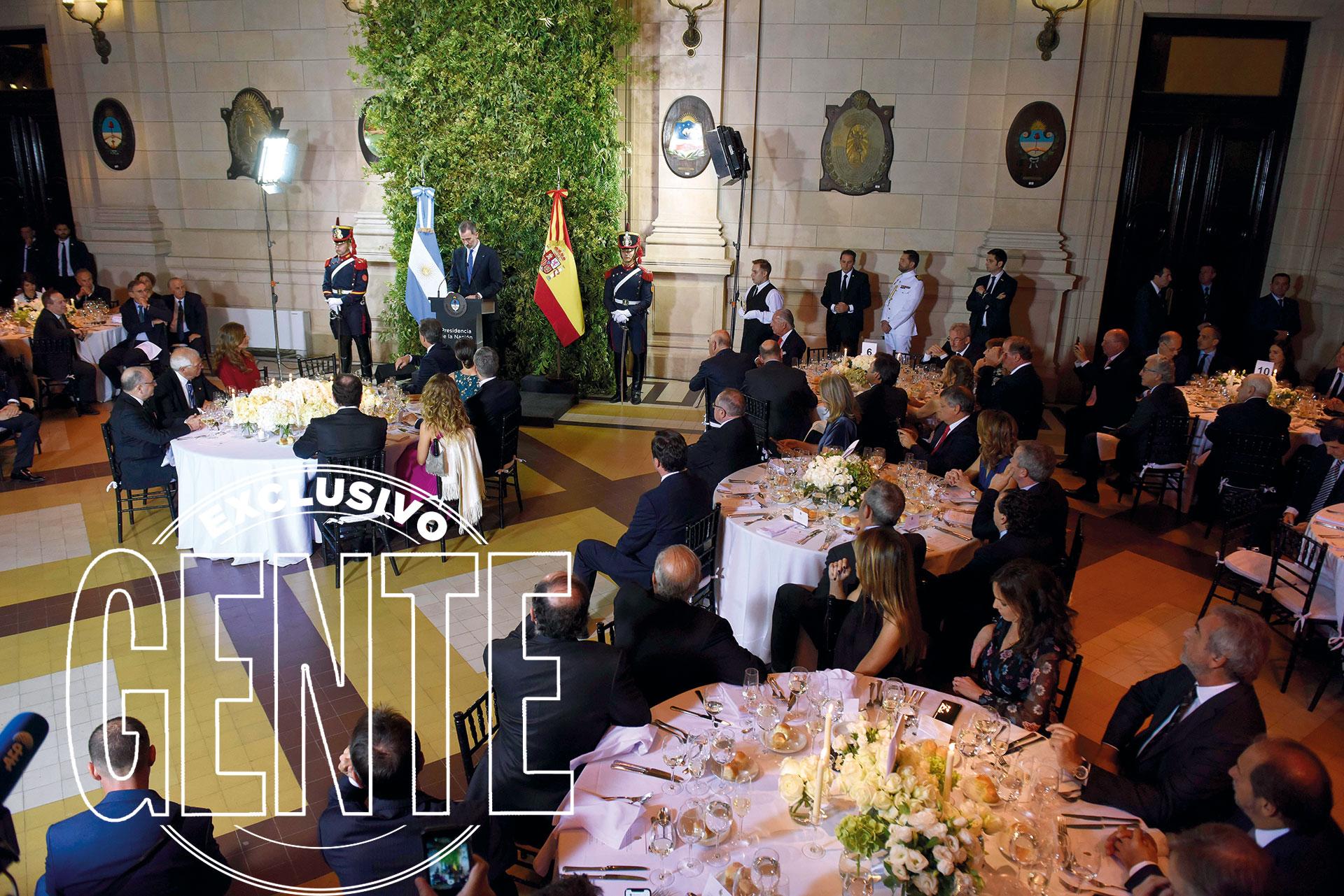 Una vista del salón del CCK donde tuvo lugar la cena de honor a los reyes de España. Foto: Matías Campaya/GENTE