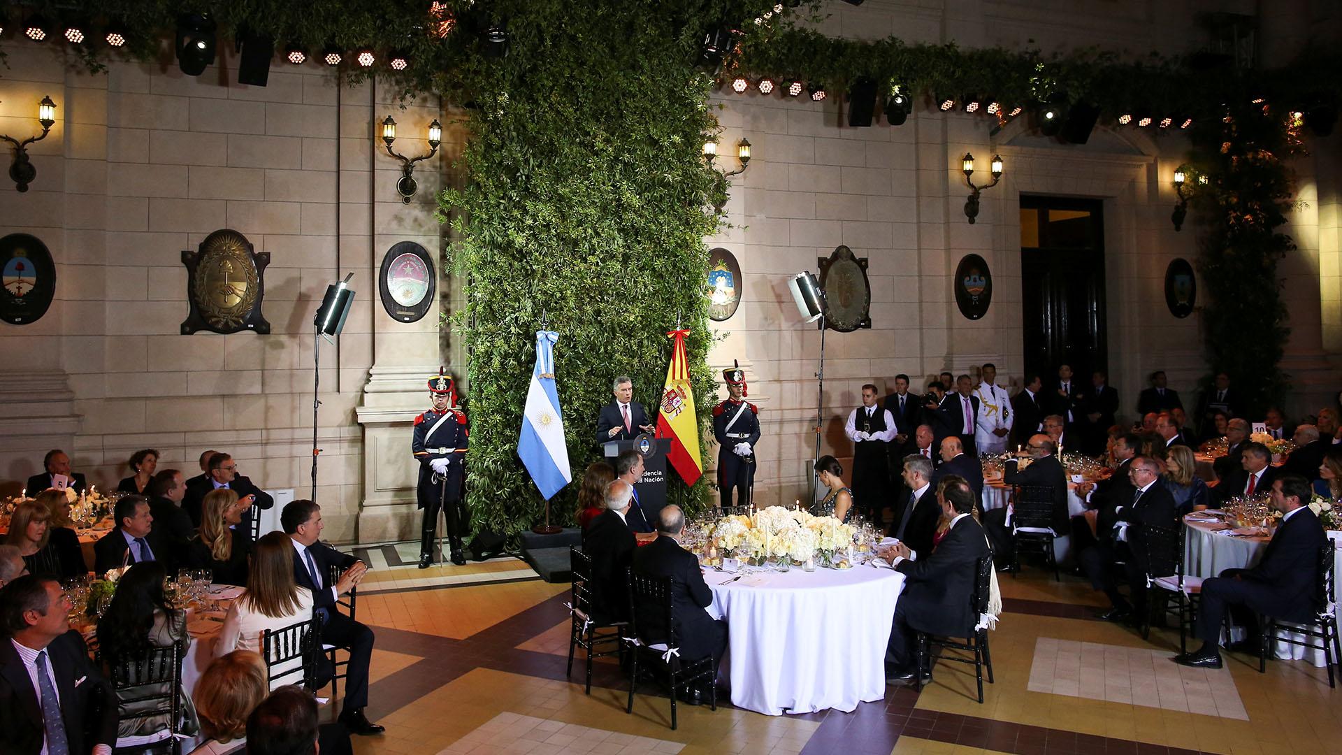 En el gran salón de homenajes del primer piso del CCK, 400 personas participaron del evento.