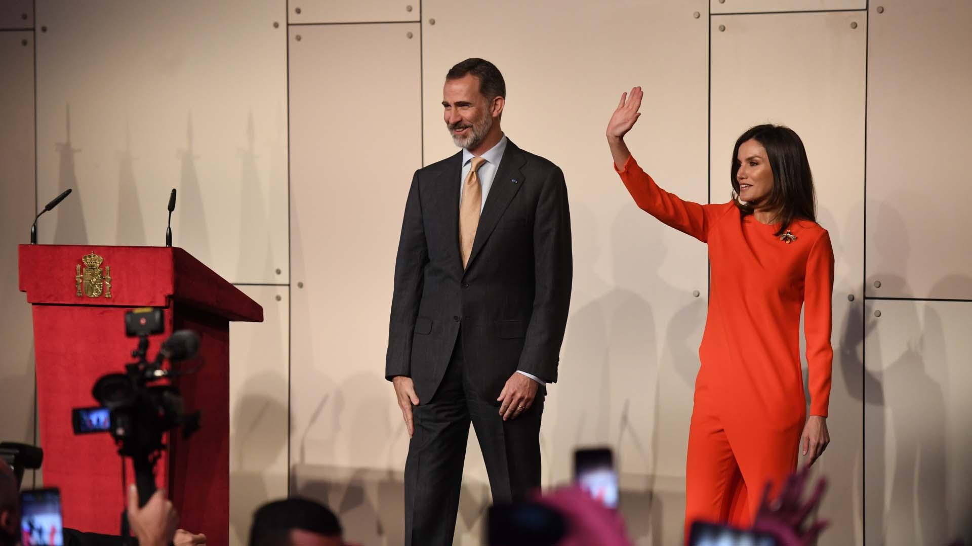 Con una agenda muy activa, Felipe VI y Letizia mantuvieron un encuentro con la colectividad española que vive en Argentina