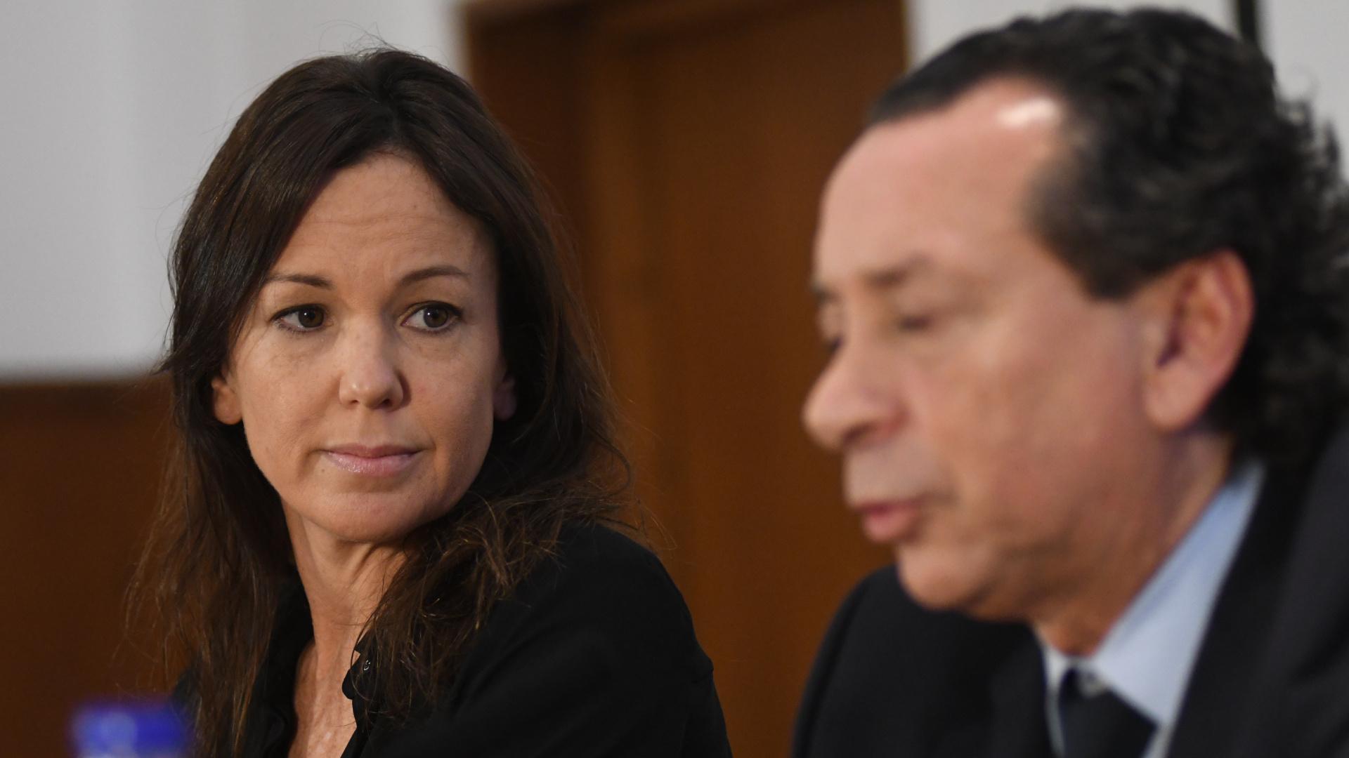 Los ministros Carolina Stanley y Dante Sica, esta tarde, durante la conferencia de prensa en Desarrollo social (Fabián Ramella)