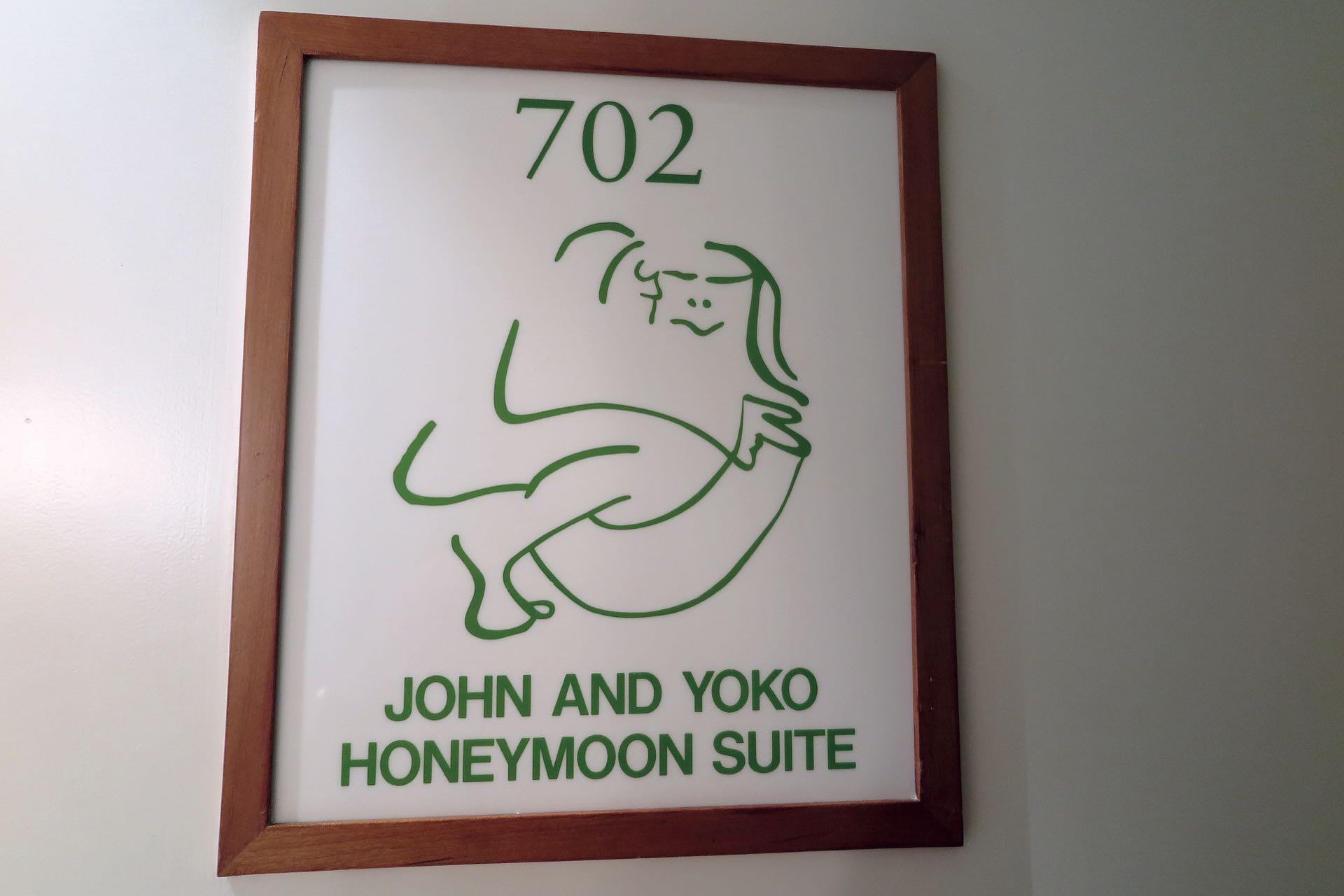 La ex suite 902 (ahora convertida en 702).