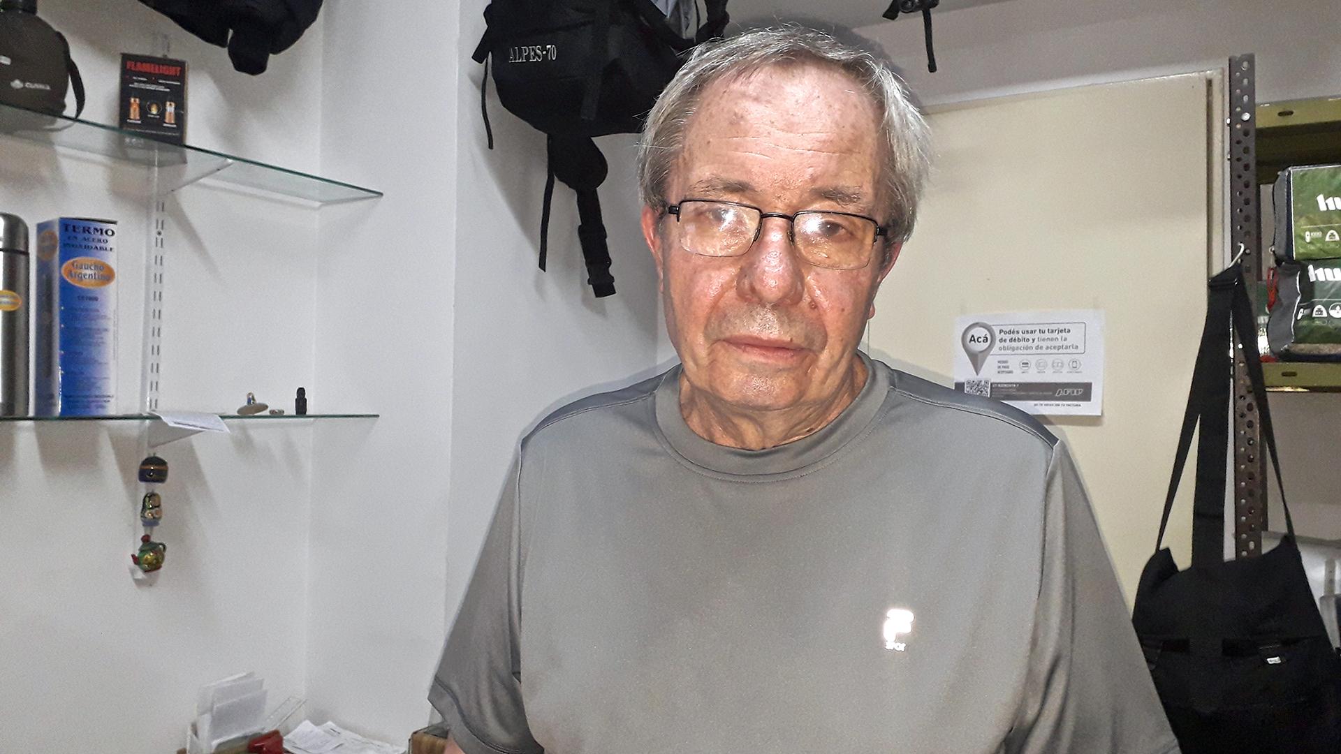 Valeri Shajov, cirujano que puso un negocio de camping