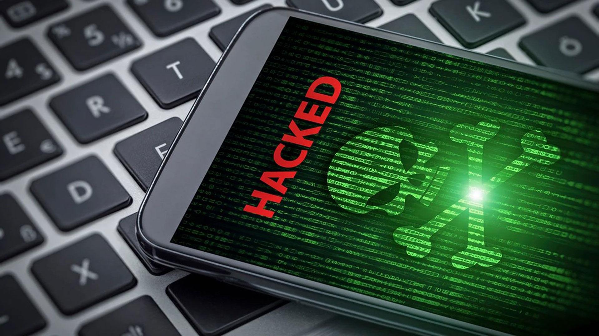 Los hackers venden los datos que obtienen en la dark web (Foto: Especial)