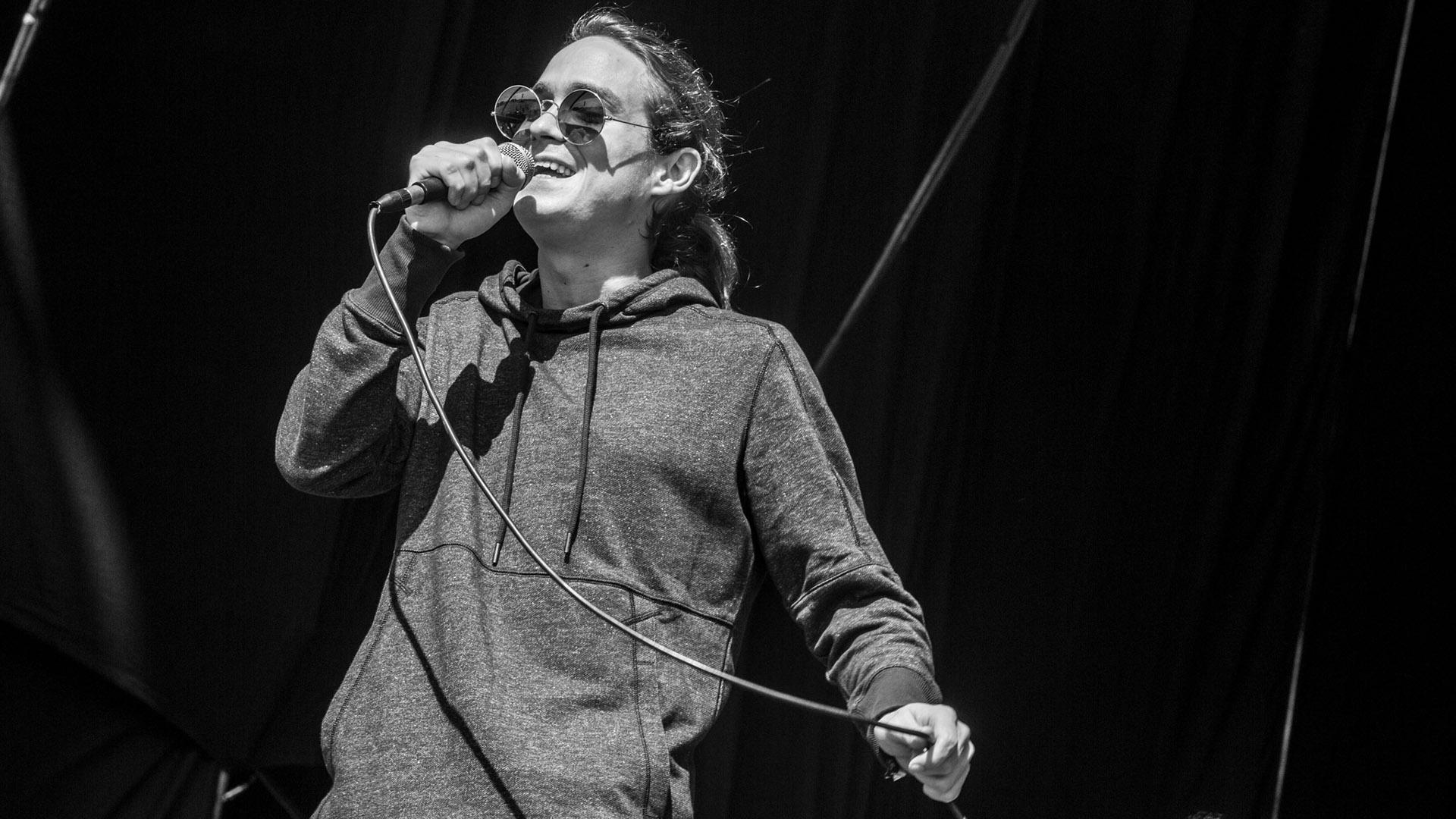 """Bernardo Diman Menéndez, uno de los cantantes del grupo que el año pasado sacó su tercer disco, """"Retorno a Yatay"""""""