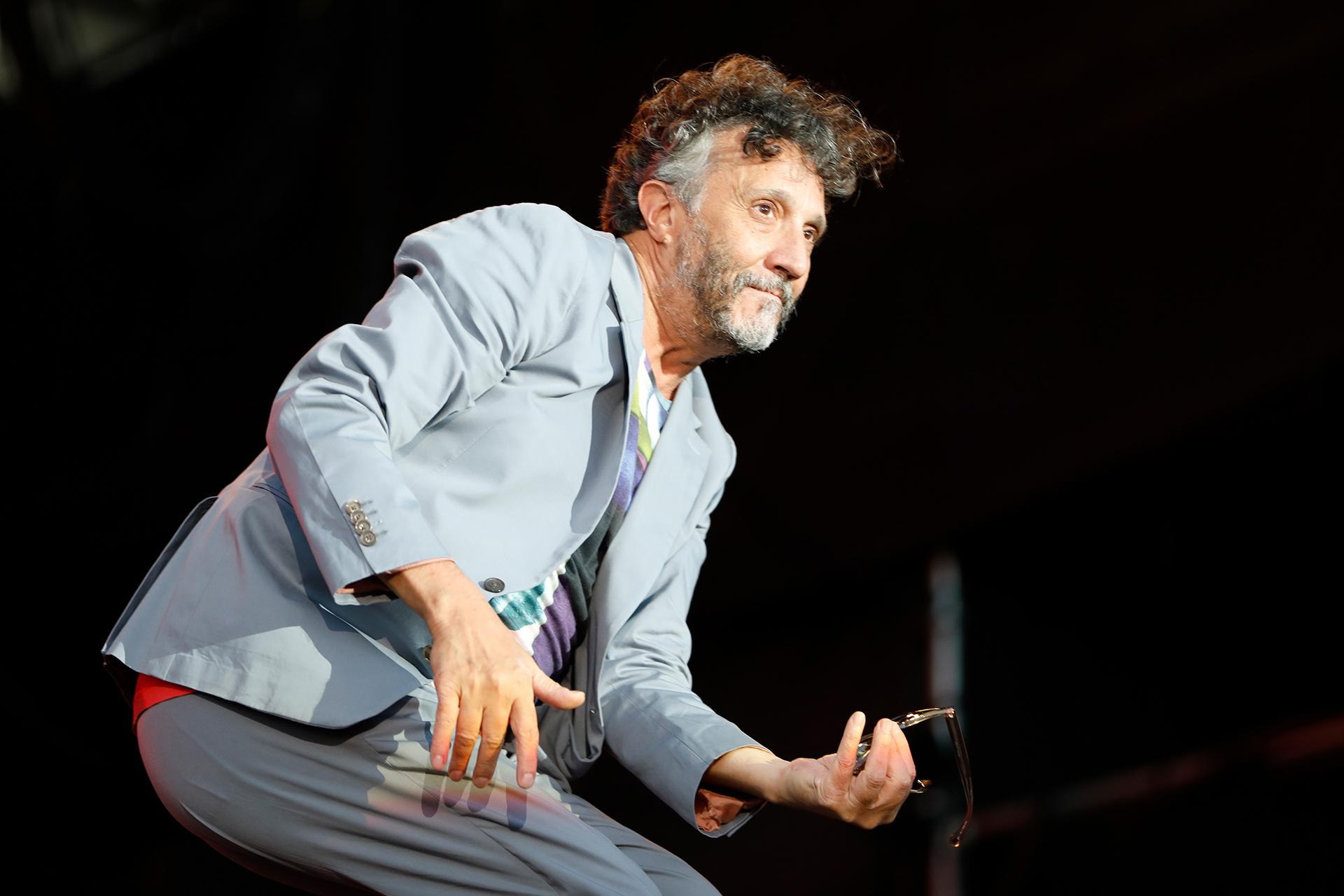 El músico cautivó con su histriónico show a los jóvenes que fueron al Día 2 del Lollapalooza (Chule Valerga)