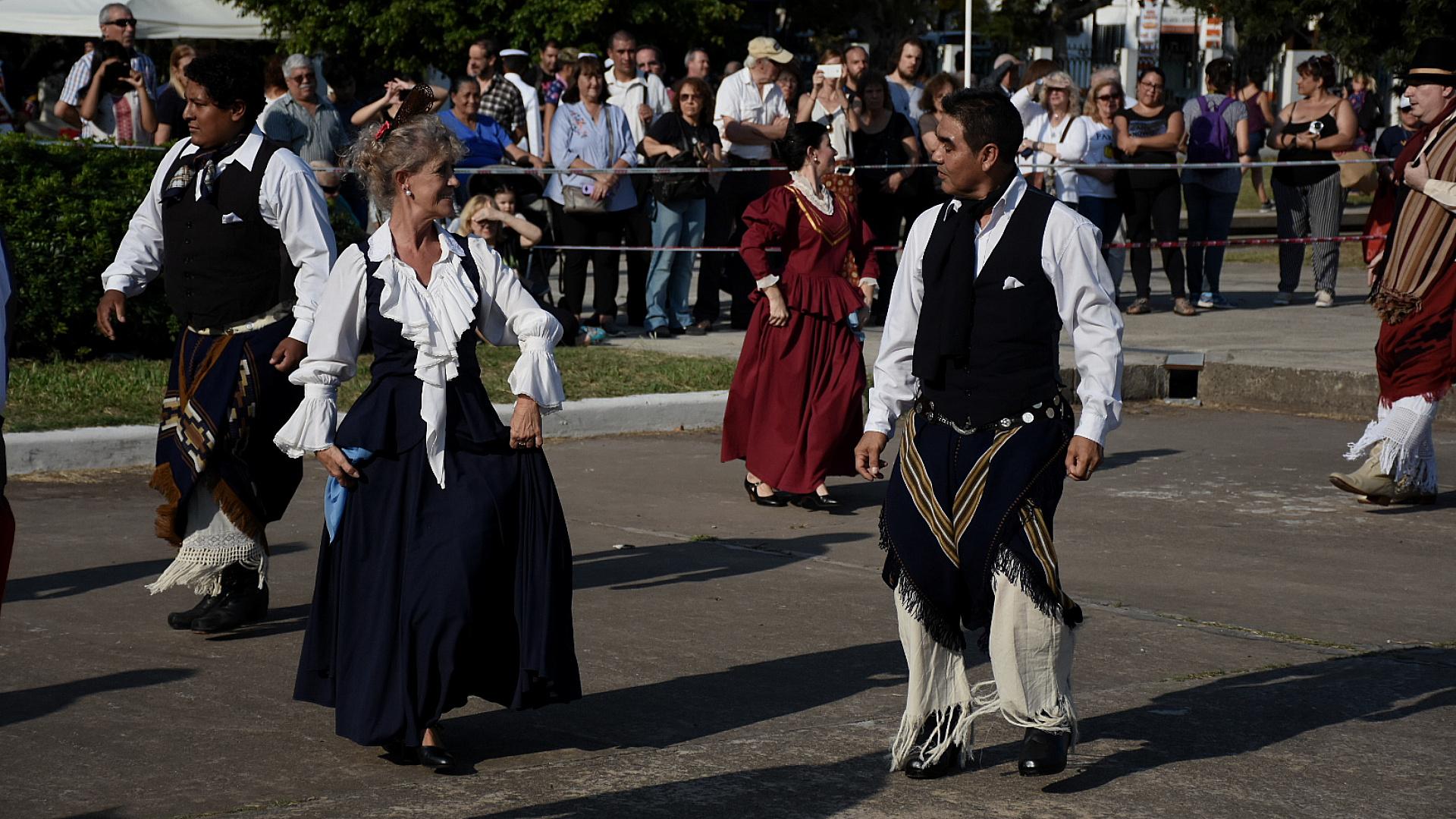 Como invitados especiales dieron el presente la banda de Música de la Policía CABA, que interpretó el Himno Nacional y la marcha de Malvinas entre otras piezas patrias
