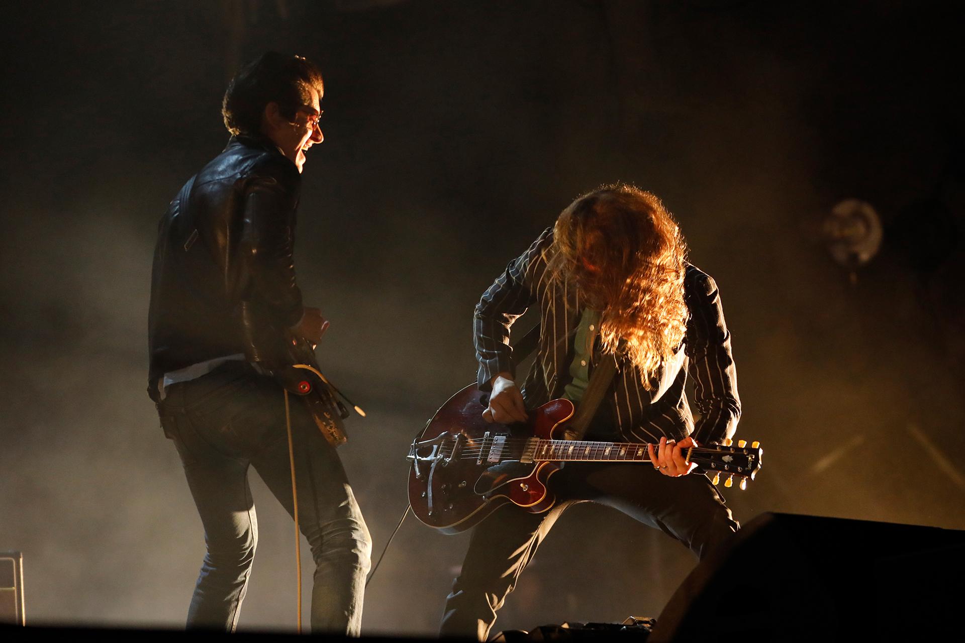 """""""Arctic Monkeys"""", en plena acción (Chule Valerga)"""