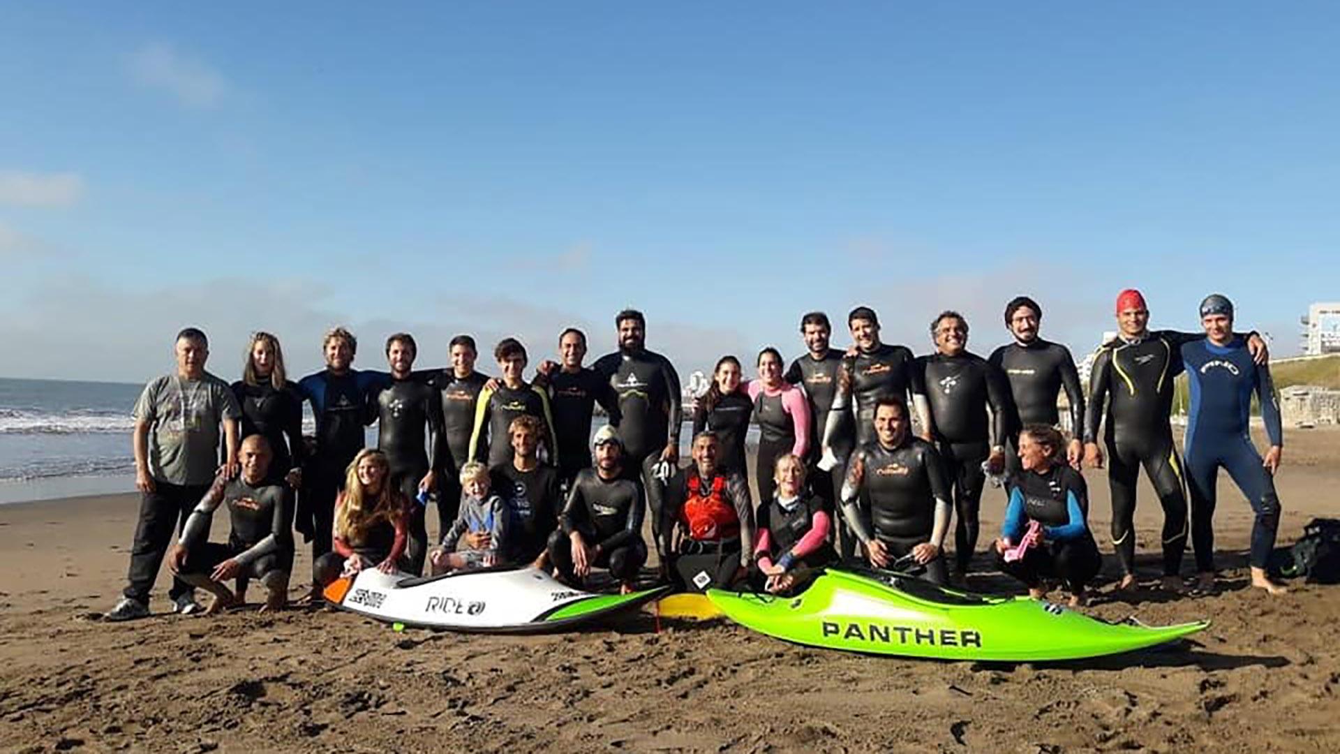 Nadar para no olvidar, una propuesta que nació en Mar del Plata (@nadarparanoolvidar)