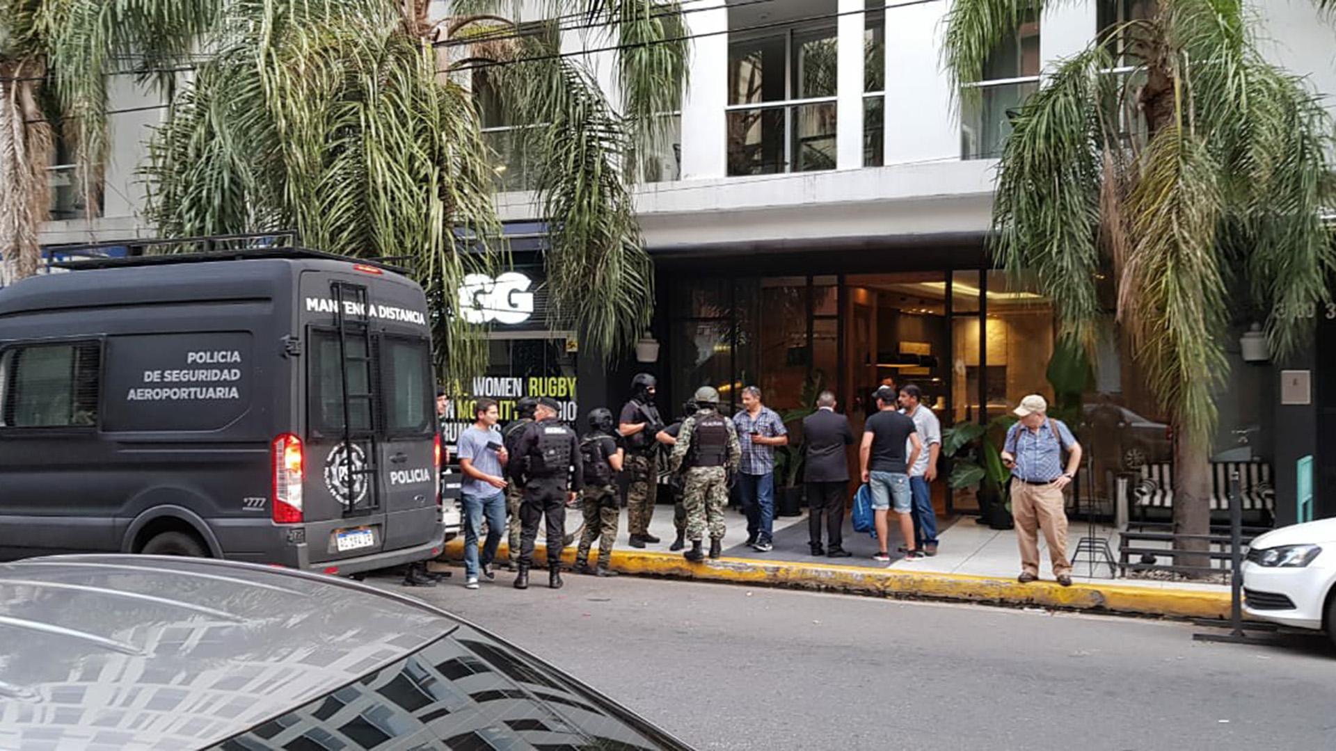 En un operativo conjunto de la PSA y gendarmería, la pareja fue detenida en Buenos Aires y trasladada a Córdoba