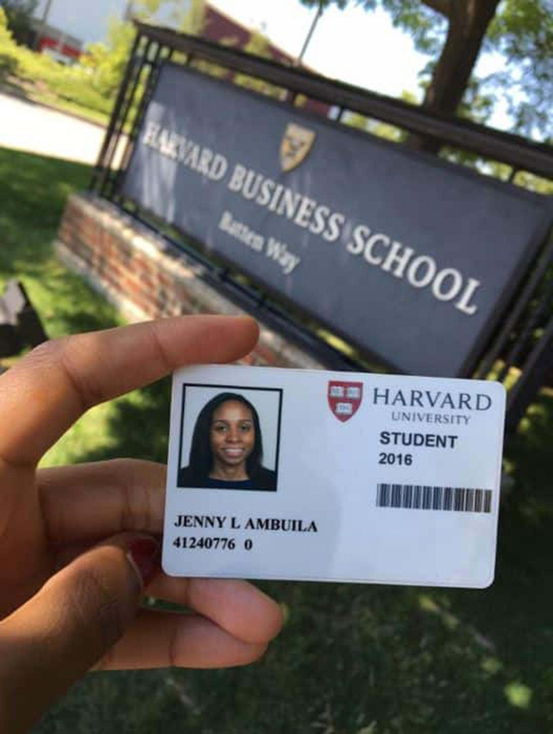 La joven estudiaba en la universidad de Harvard, en Estados Unidos, una de las más prestigiosas y costosas del mundo.