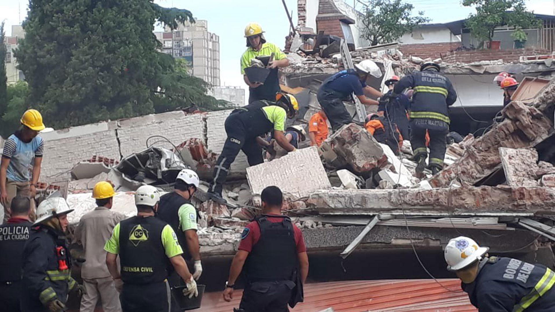 El derrumbe en el barrio de San Cristóbal (@EmergenciasBA)