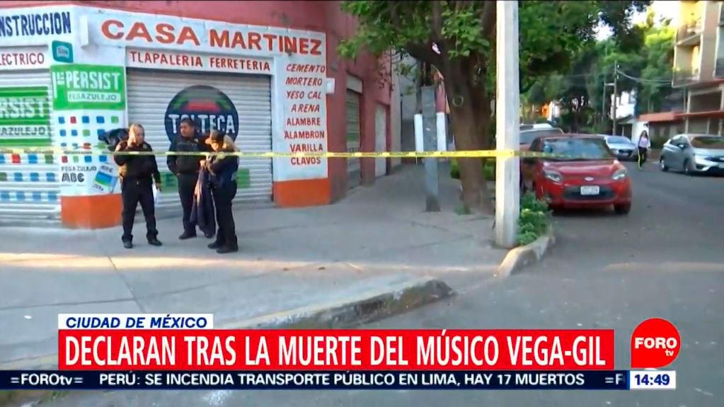 El lugar donde apareció el cuerpo estuvo acordonado por las autoridades (Foto: Televisa)