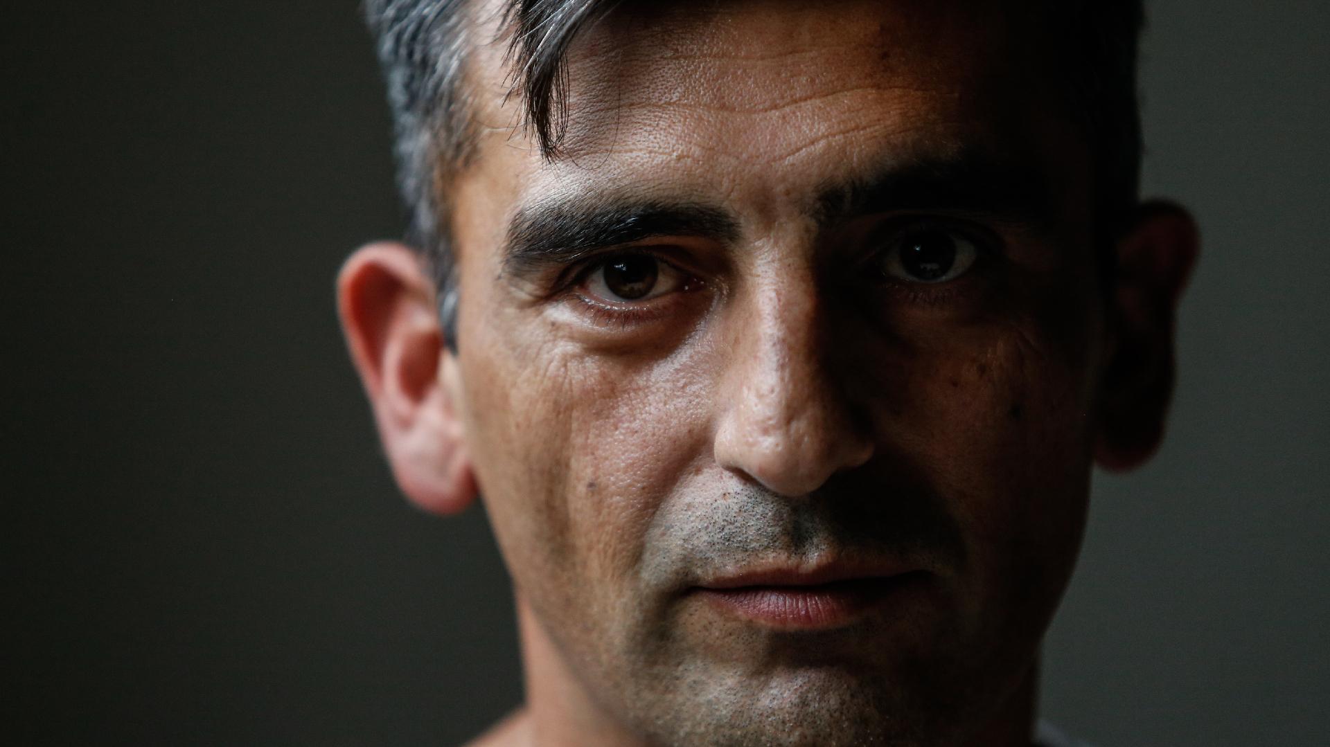 """Silvio Romero: """"Siempre me lo pregunté: ¿qué fue de la vida de esa gente? Les generé un daño económico y psicológico, ¿tengo manera de repararlo?"""""""
