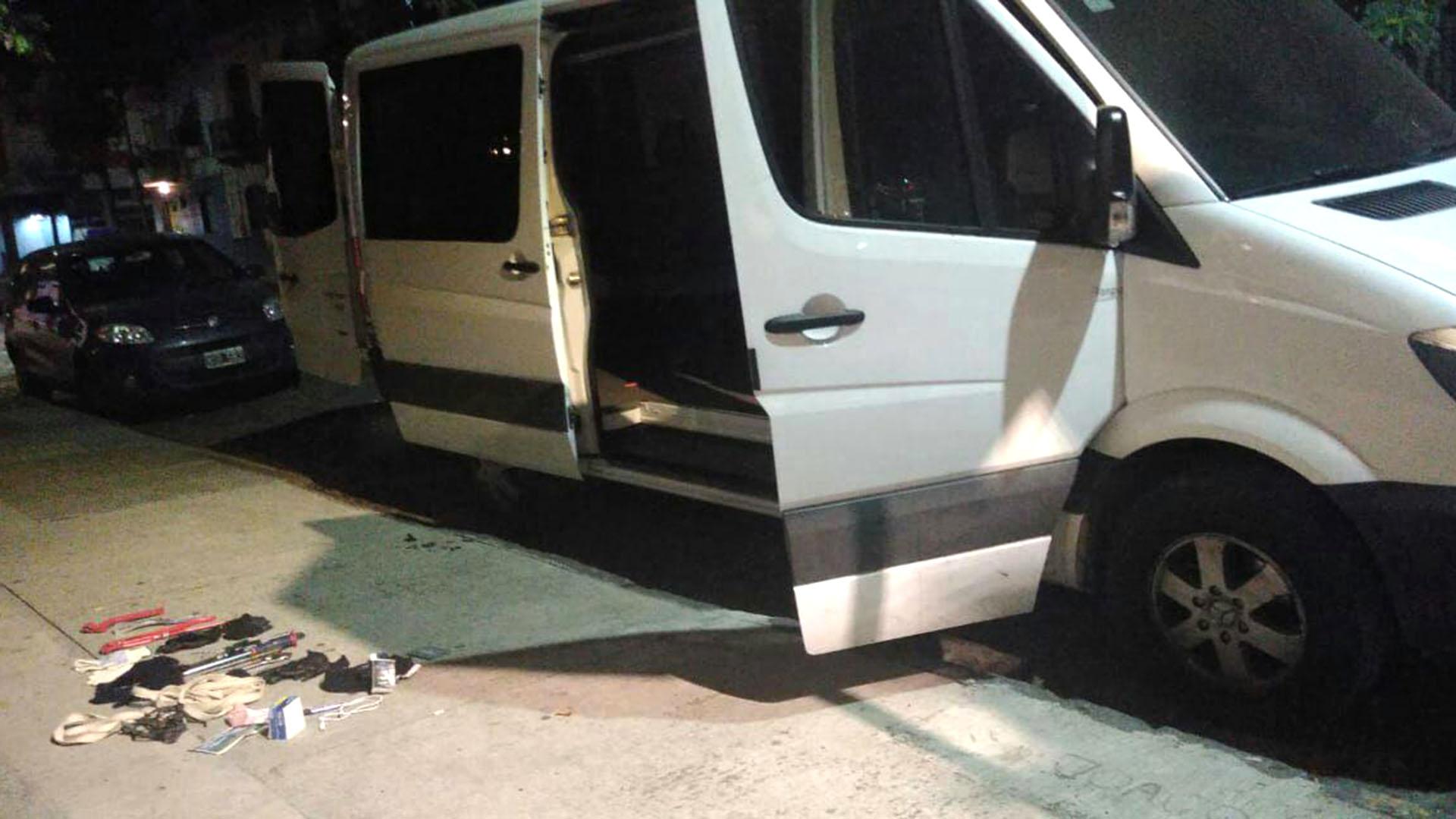 La camioneta en la que se movilizaban (Policía de la Ciudad)