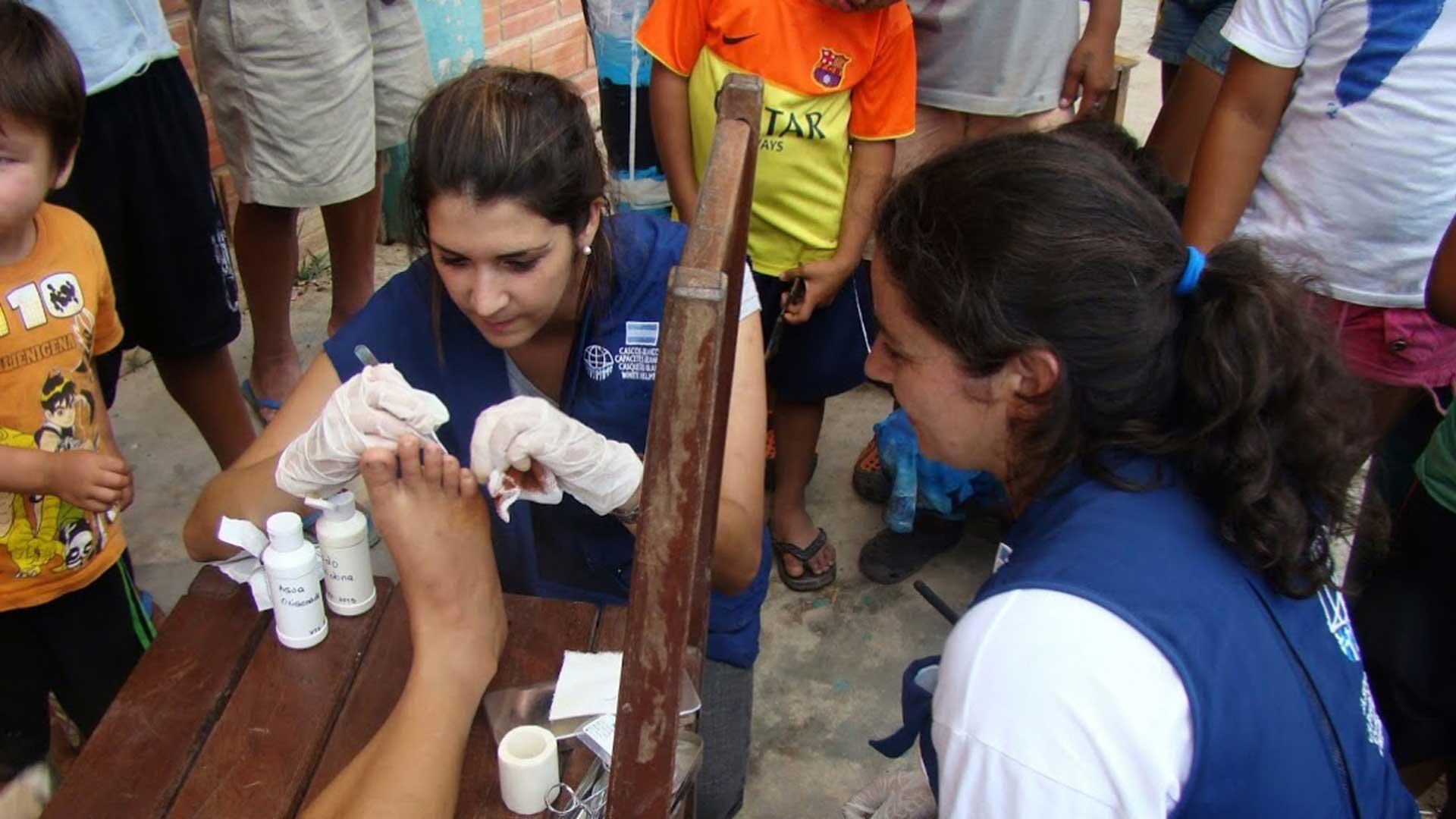 La labor de los voluntarios es crucial en las misiones de Cascos Blancos. Foto:Gentileza Cascos Blancos.