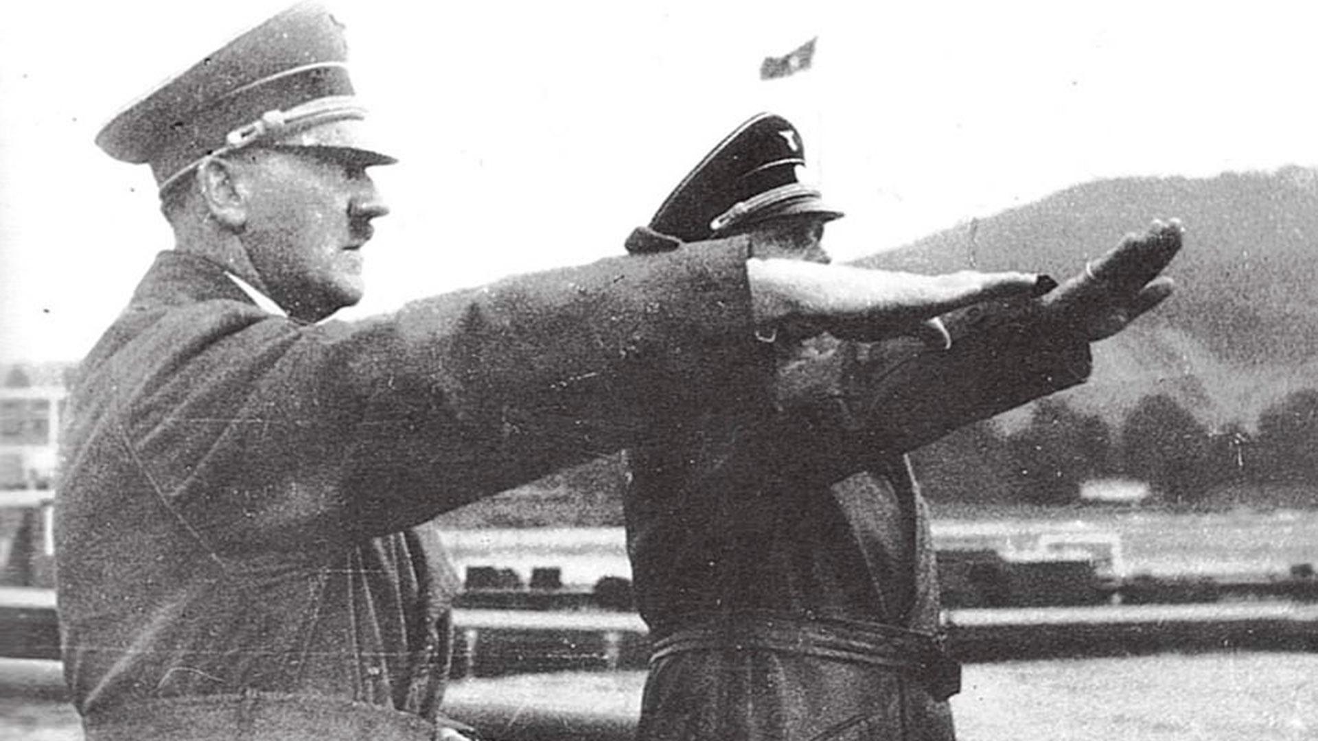 Hitler y Baur, su piloto de confianza
