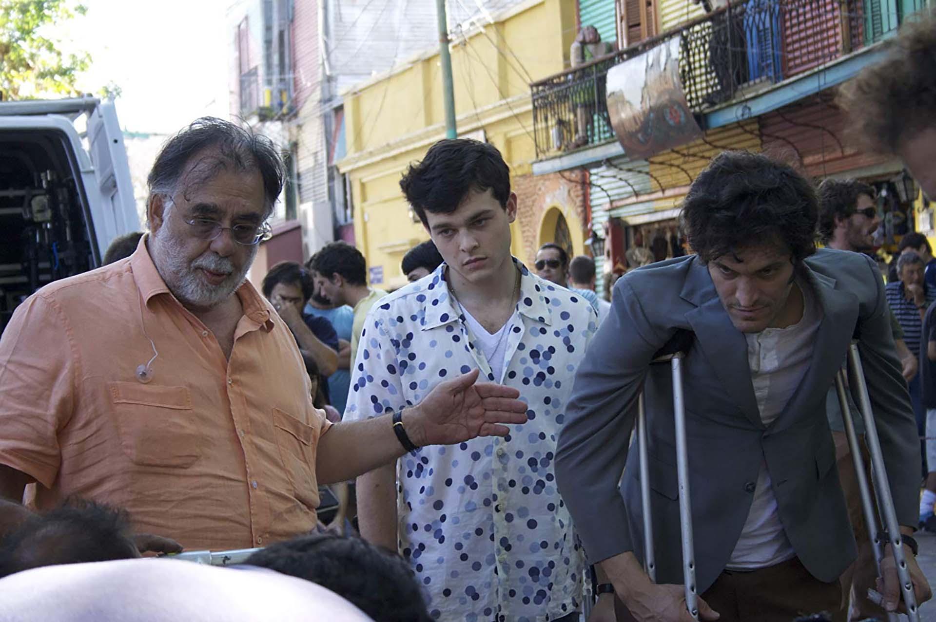 """Francis Ford Coppola, Vincent Gallo,y Alden Ehrenreich en """"Tetro""""(2009) en Buenos Aires"""