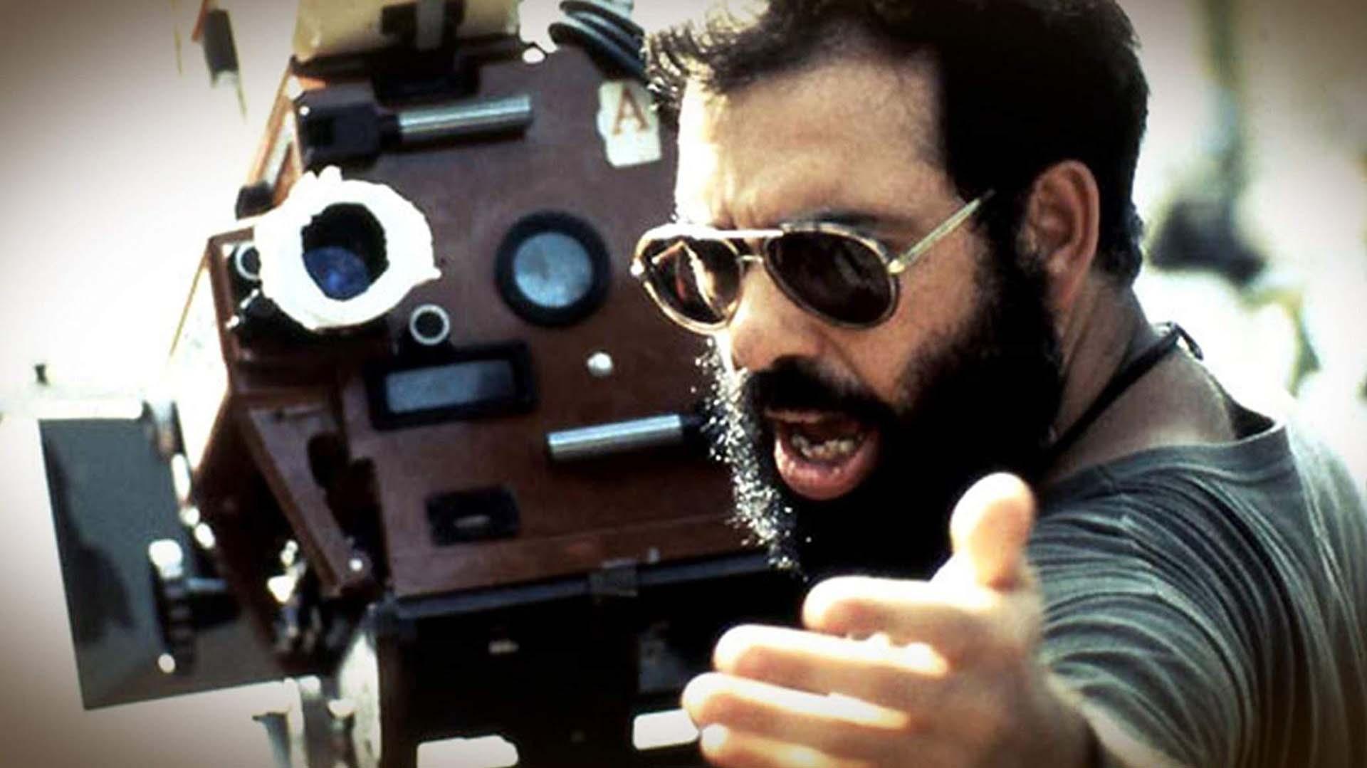 """Francis Ford Coppola tuvo un cameo en """"Apocalypse Now"""" (1979). El director invirtió todo su dinero para alcanzar el presupuesto de la película. En un inicio George Lucas iba a ser el director pero se bajó del proyecto por """"Star Wars"""""""
