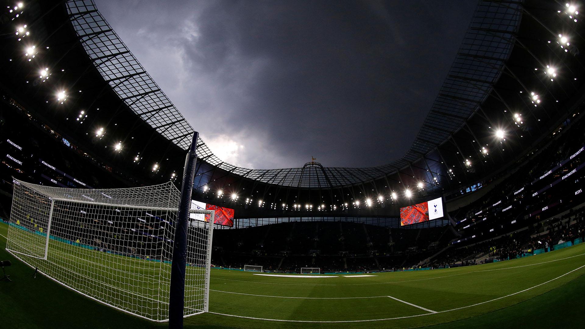 """""""Queríamos construir un estadiocon una capacidad mínima de 60.000 y logramos llegar a 62.000. No tuvo nada que ver con el Arsenal (cuyo estadio no supera los 61 mil)"""", afirmó el presidente"""