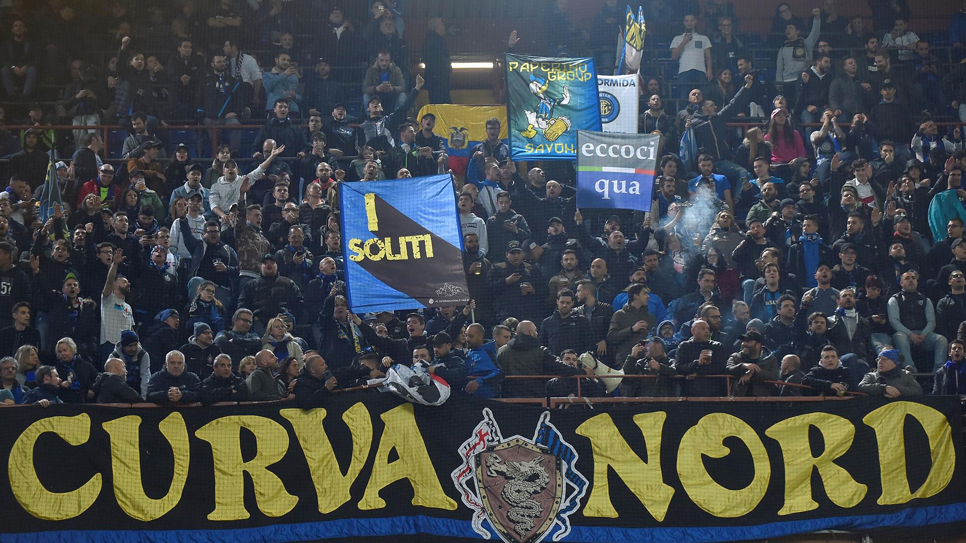La Curva Nord del Inter cantó en contra de Mauro Icardi (Reuters)