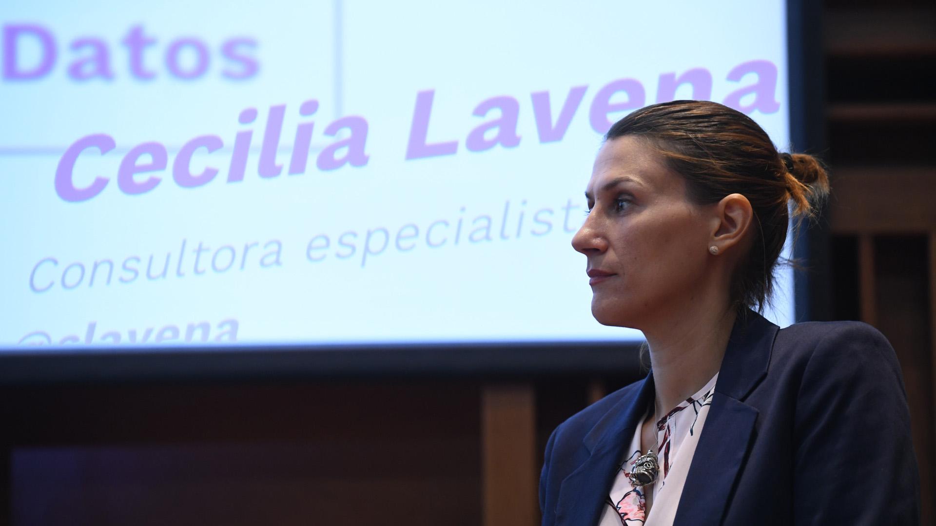 Cecilia Lavena, consultora especialista en género, compartió los datos y testimonios recolectados para hacer el informe realizado por Chicas en Tecnología y el Intal BID