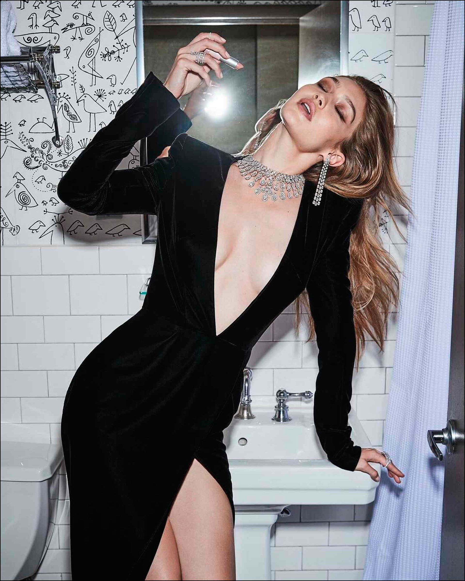 Gigi Hadid súper sexy para Messika.