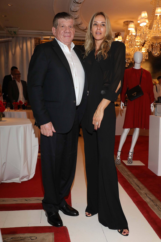 Rafael Garfunkel y su mujer