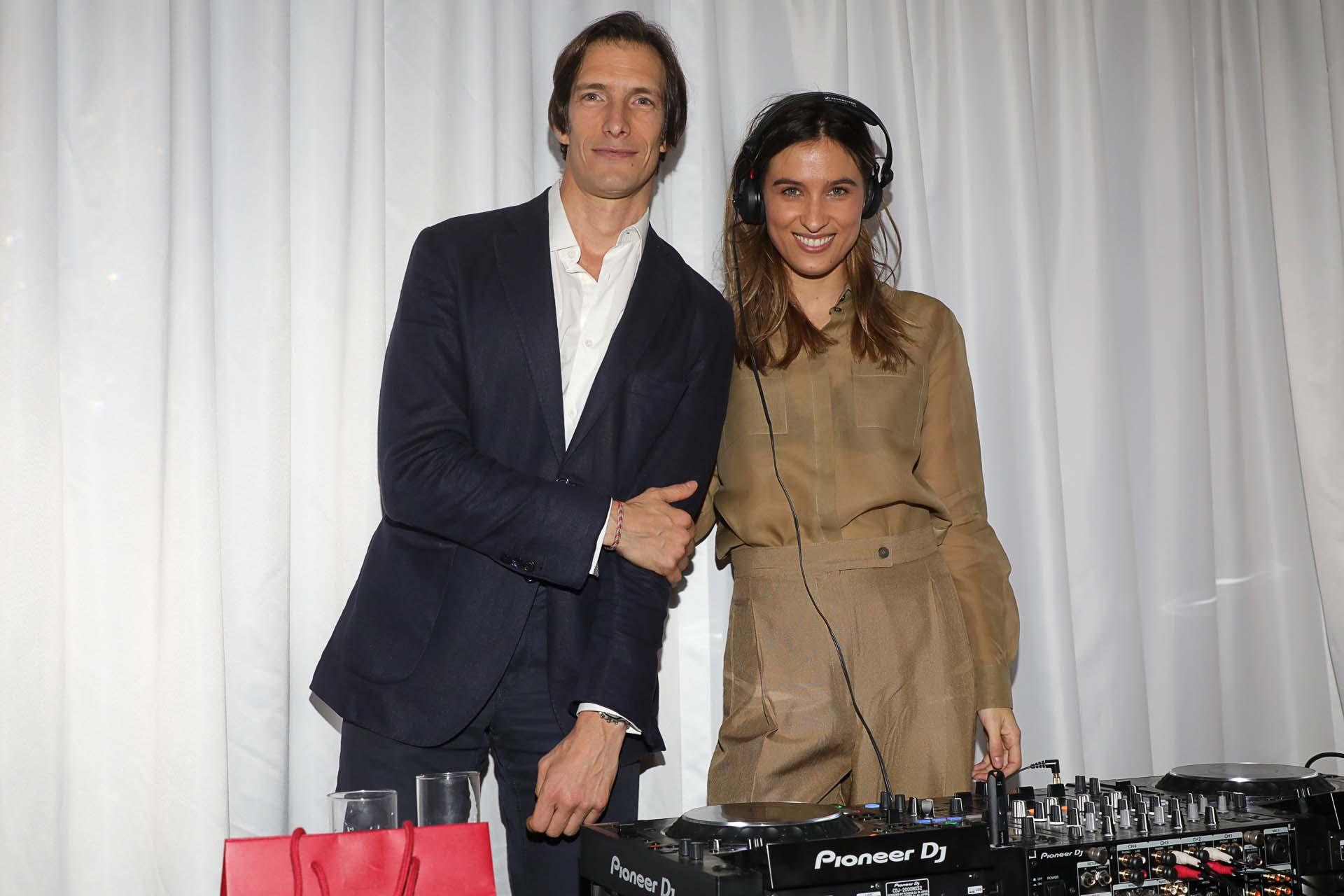 Iván De Pineda y Cintia Garrido /// Fotos: Christian Bochichio