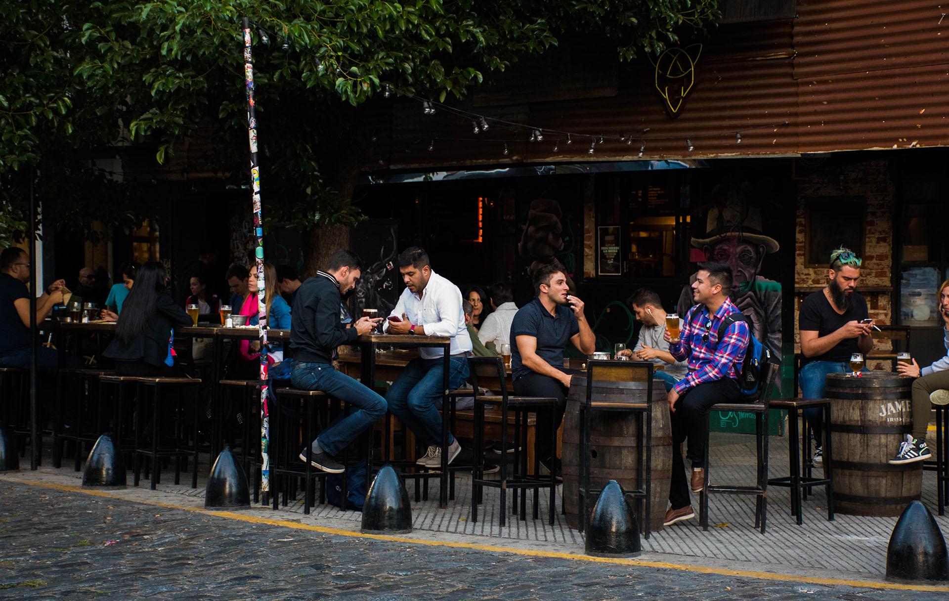En los últimos tiempos, las cervecerías se impusieron como una salida obligada en las veredas de Palermo