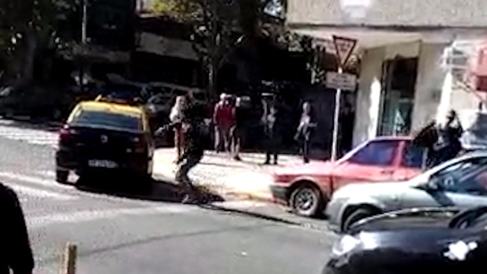 La pelea tuvo a un taxista y a un automovilista como protagonistas