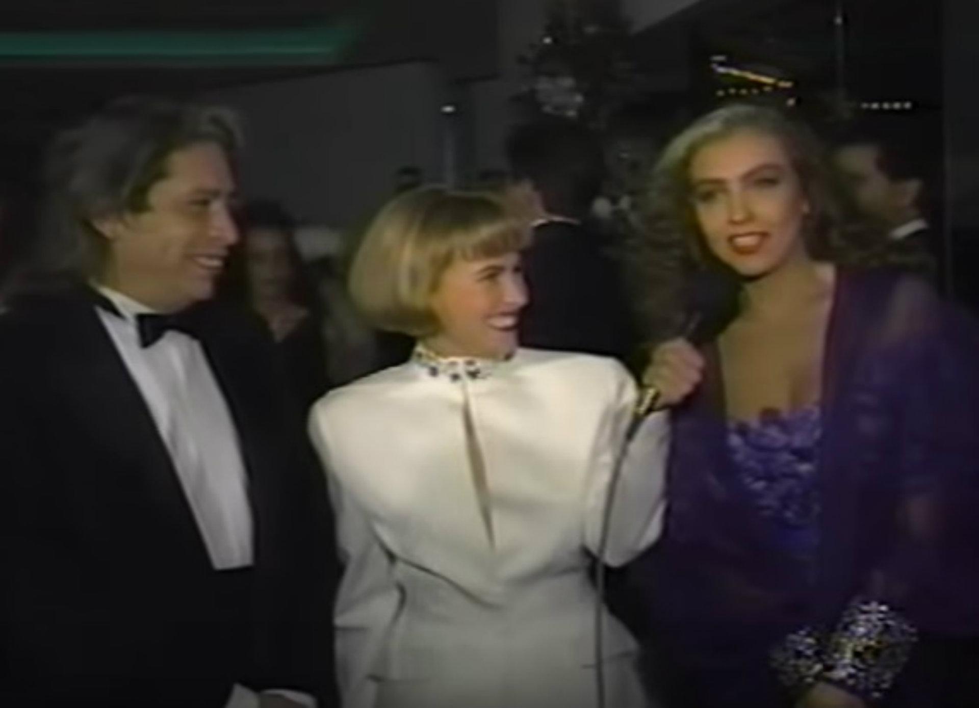 En 1991, Thalía se dejó ver así en una entrevista junto a Díaz Ordaz (Captura YouTube)