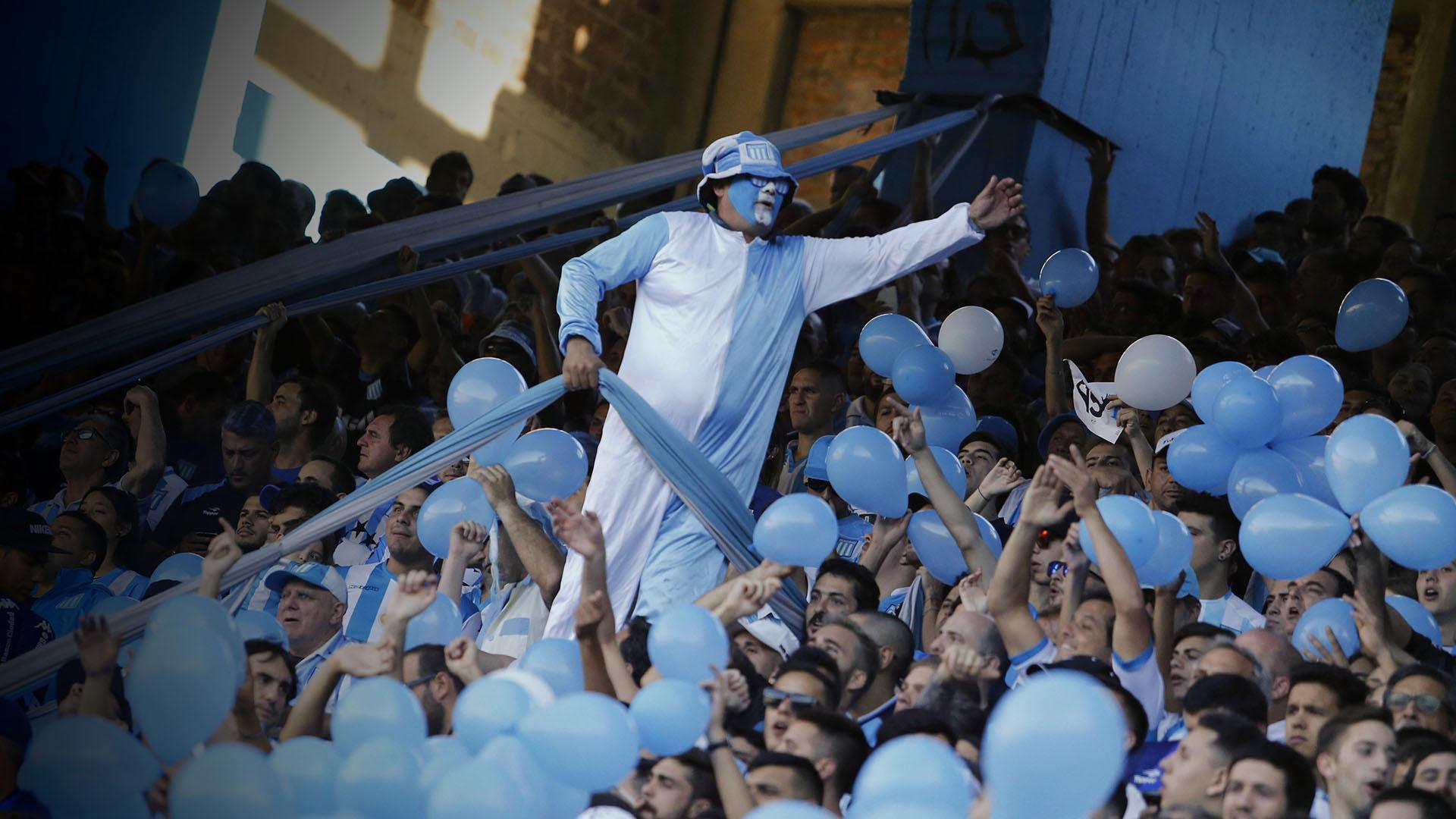 Racing celebró el título de la Superliga Argentina ante más de 50 mil personas que llenaron el Cilindro de Avellaneda
