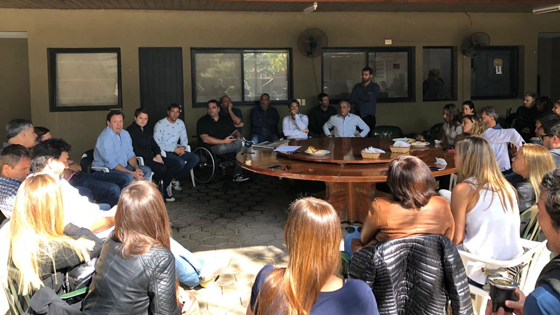 Dirigentes de Cambiemos compartieron un almuerzo el sábado pasado donde confirmaron a Triaca como armador en la provincia
