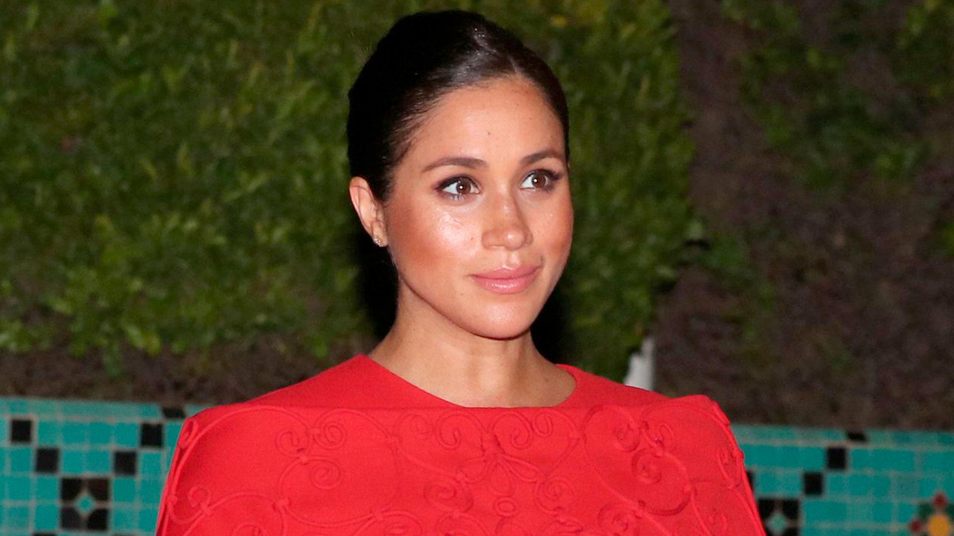La duquesa de Sussex espera su primer hijo para fines de abril