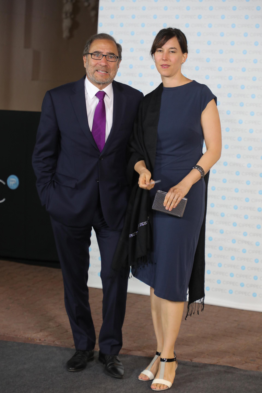 Jorge Argüello, presidente de Fundación Embajada Abierta,y Erika Grinberg