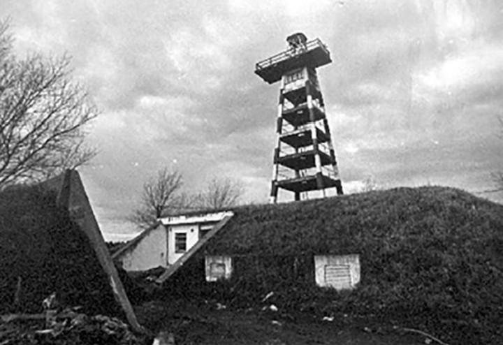 El centro clandestino de detenciónLa Cueva, donde fueron llevados los abogados, funcionaba en el viejo radar de la Base Aérea de Camet (Carlos Bozzi)
