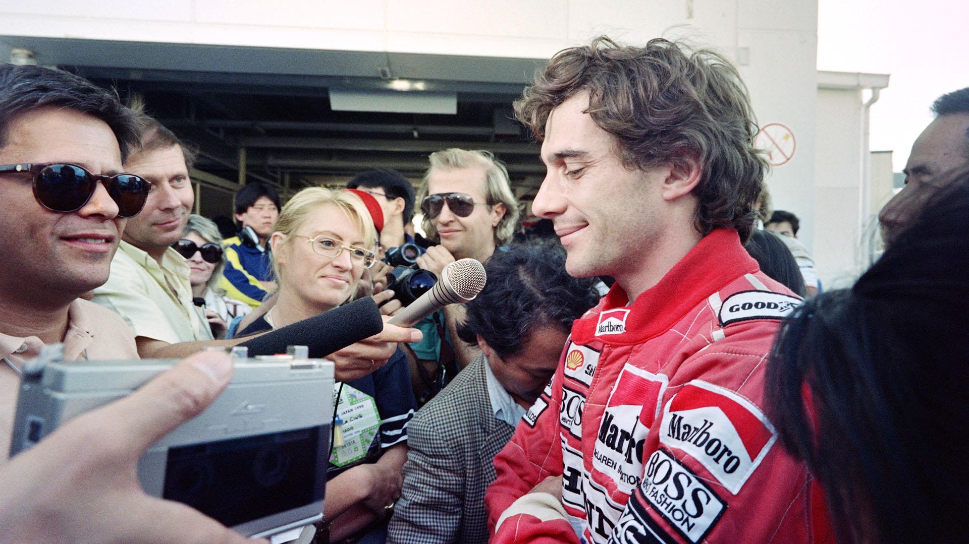 Ayrton Senna siempre fue uno de los pilotos más solicitados por la prensa internacional en las carreras de Fórmula 1