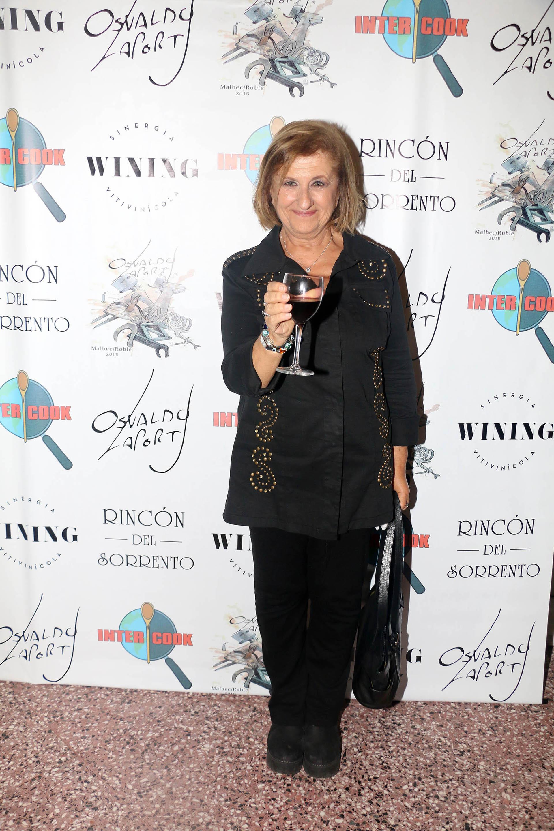 Catalina Dlugi